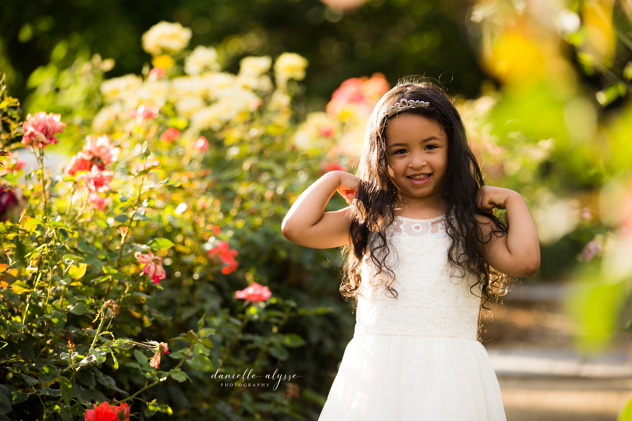 180604_family_portrait_eresvey_state_capitol_park_california_danielle_alysse_photography_blog_25_WEB.jpg