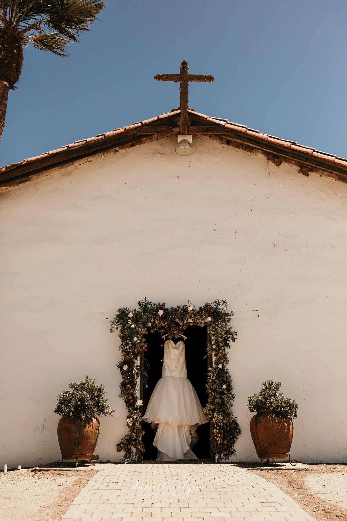 180630_wedding_lily_ryan_mission_soledad_california_danielle_alysse_photography_blog_60_WEB.jpg