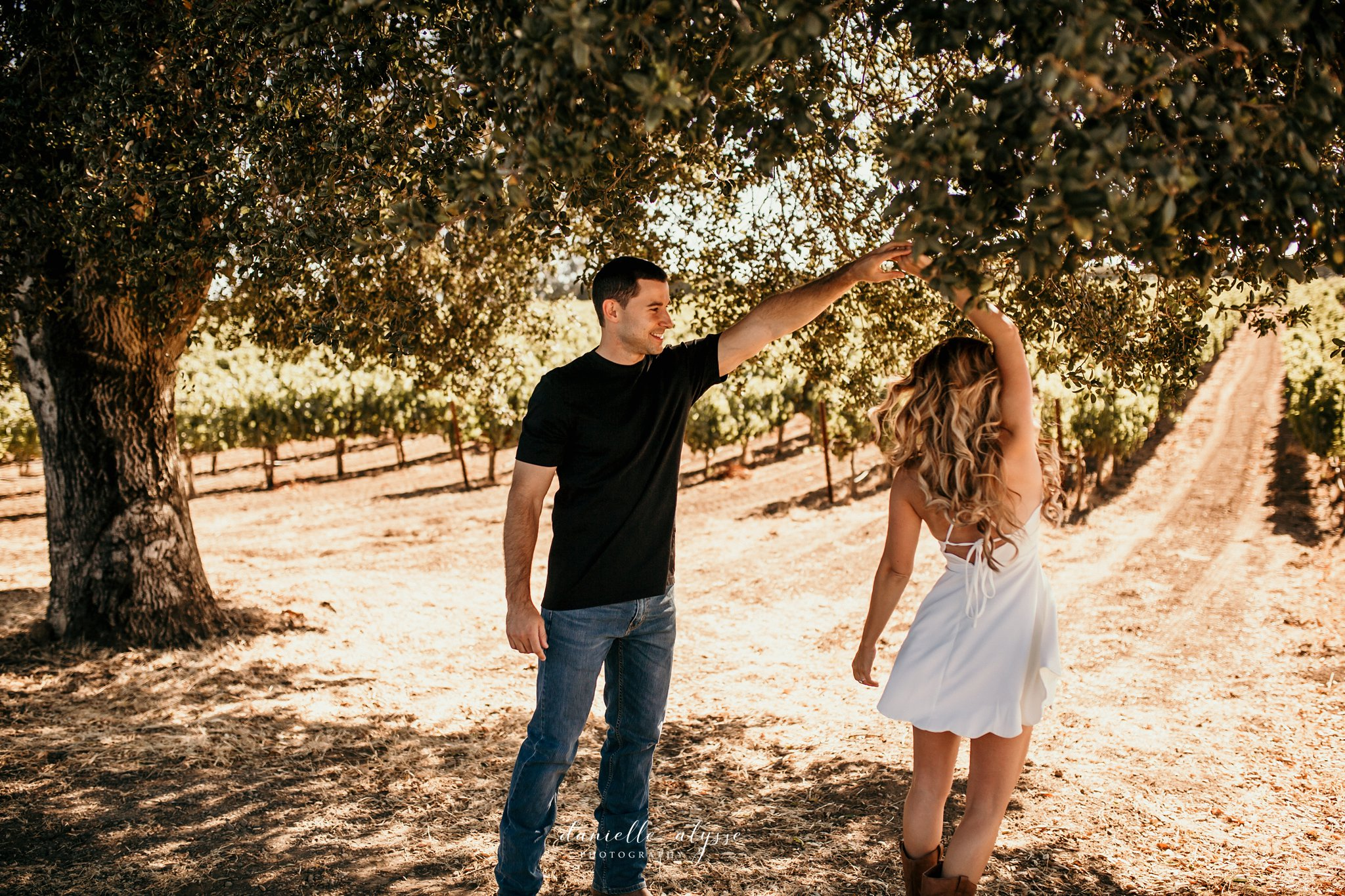 180804_engagement_katie_matt_dillon_beach_napa_danielle_alysse_photography_blog_3_WEB.jpg
