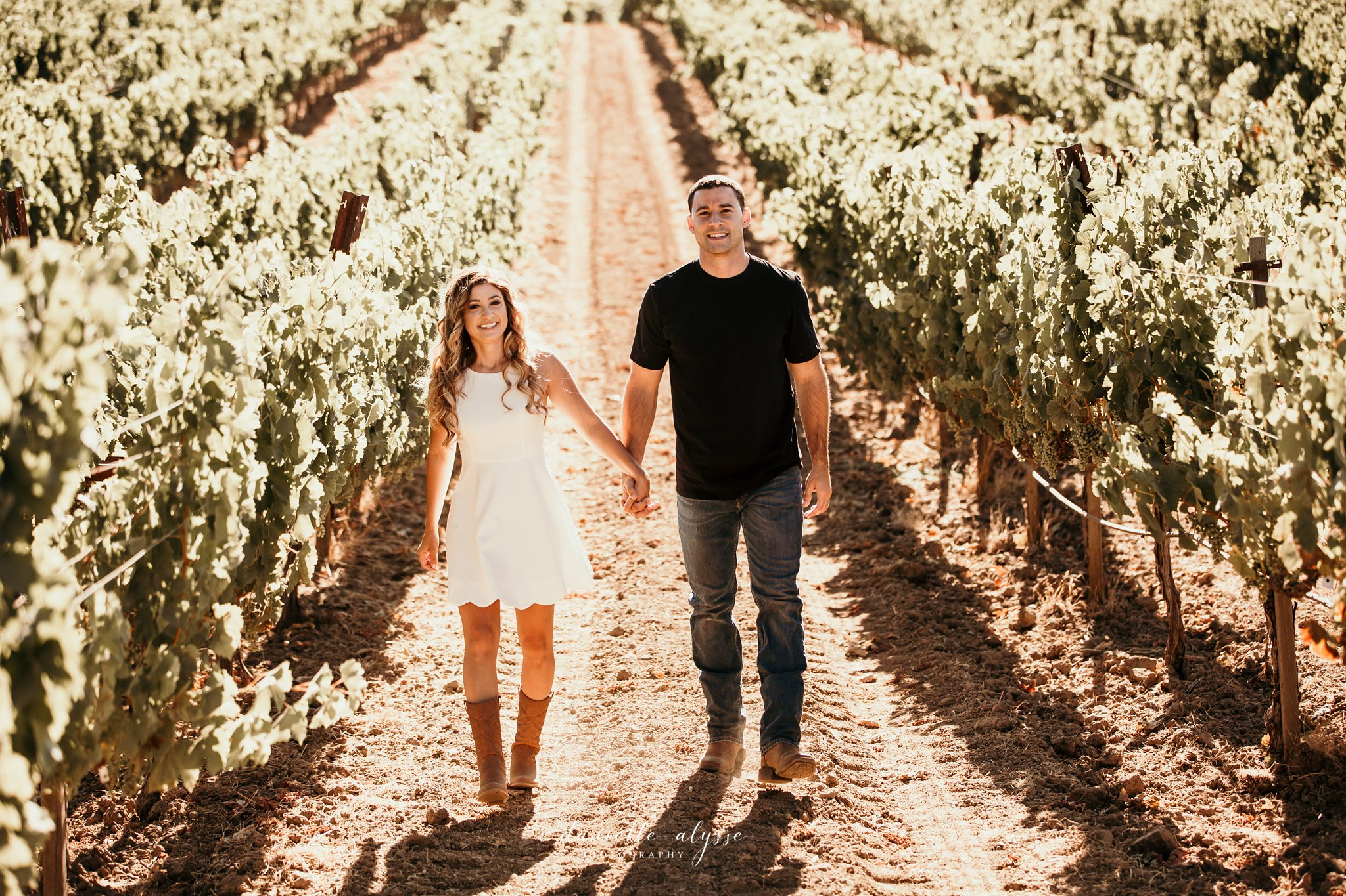 180804_engagement_katie_matt_dillon_beach_napa_danielle_alysse_photography_blog_17_WEB.jpg