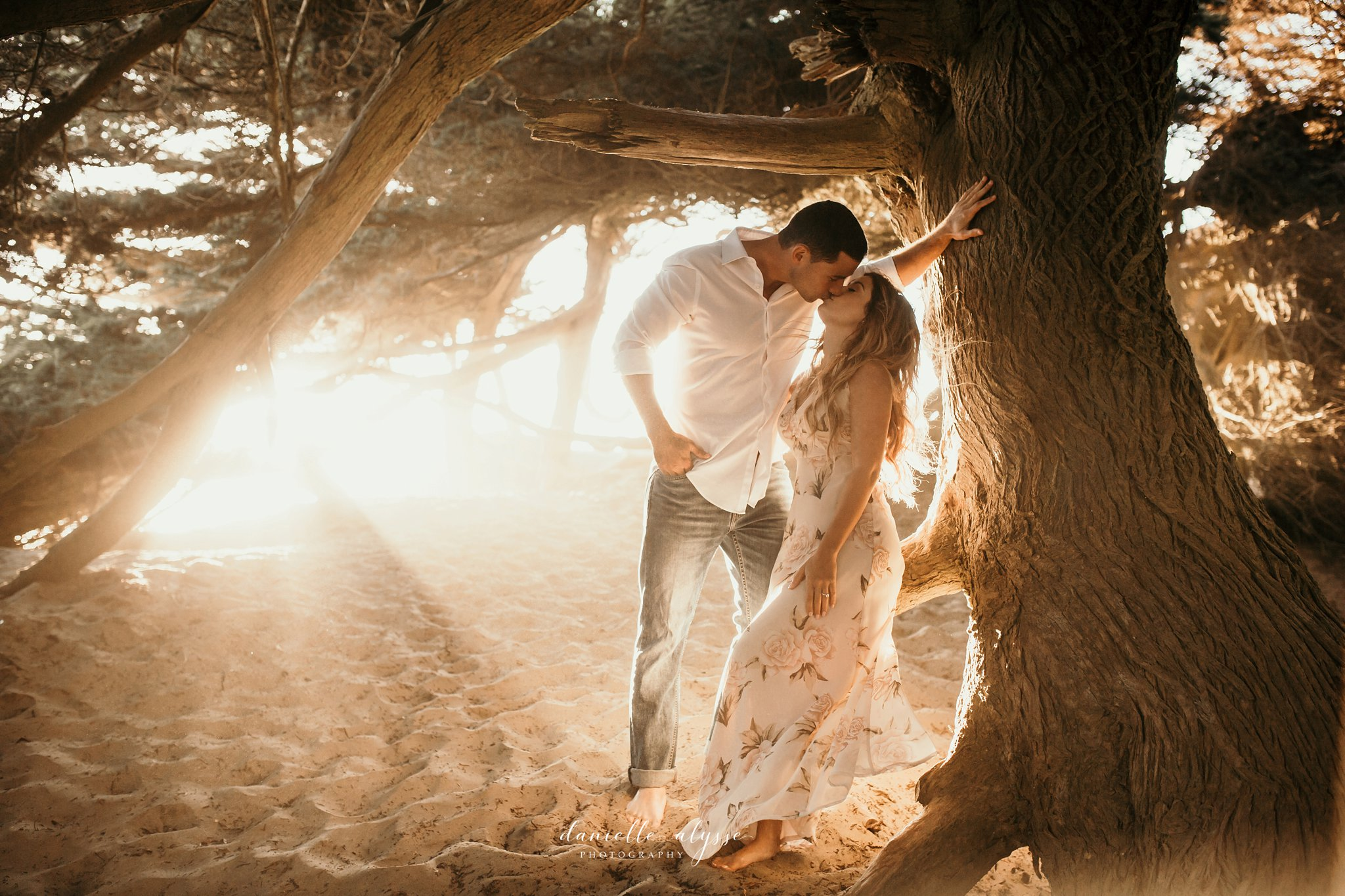 180804_engagement_katie_matt_dillon_beach_napa_danielle_alysse_photography_blog_48_dress_WEB.jpg