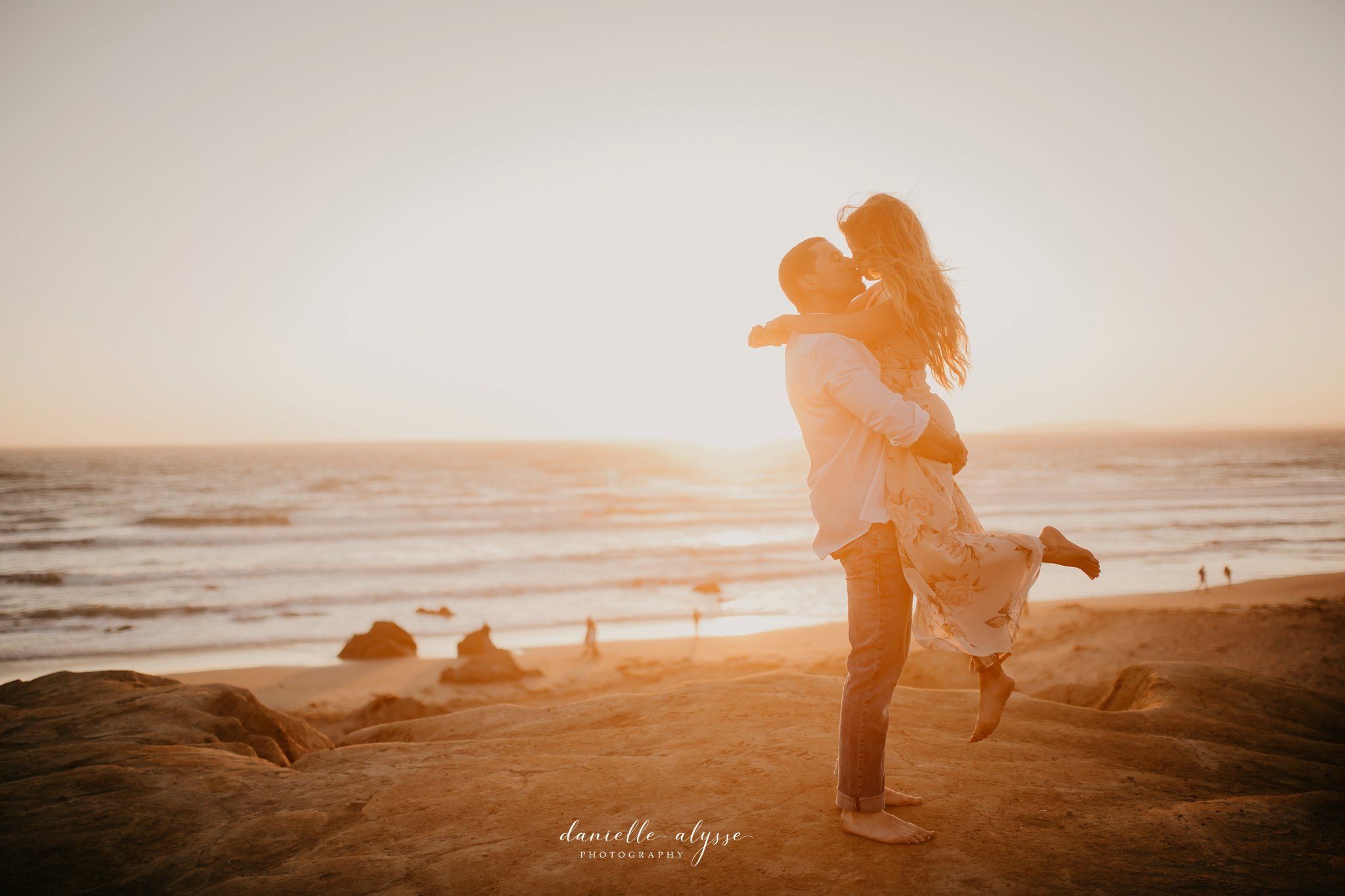 180804_engagement_katie_matt_dillon_beach_napa_danielle_alysse_photography_blog_78_WEB.jpg