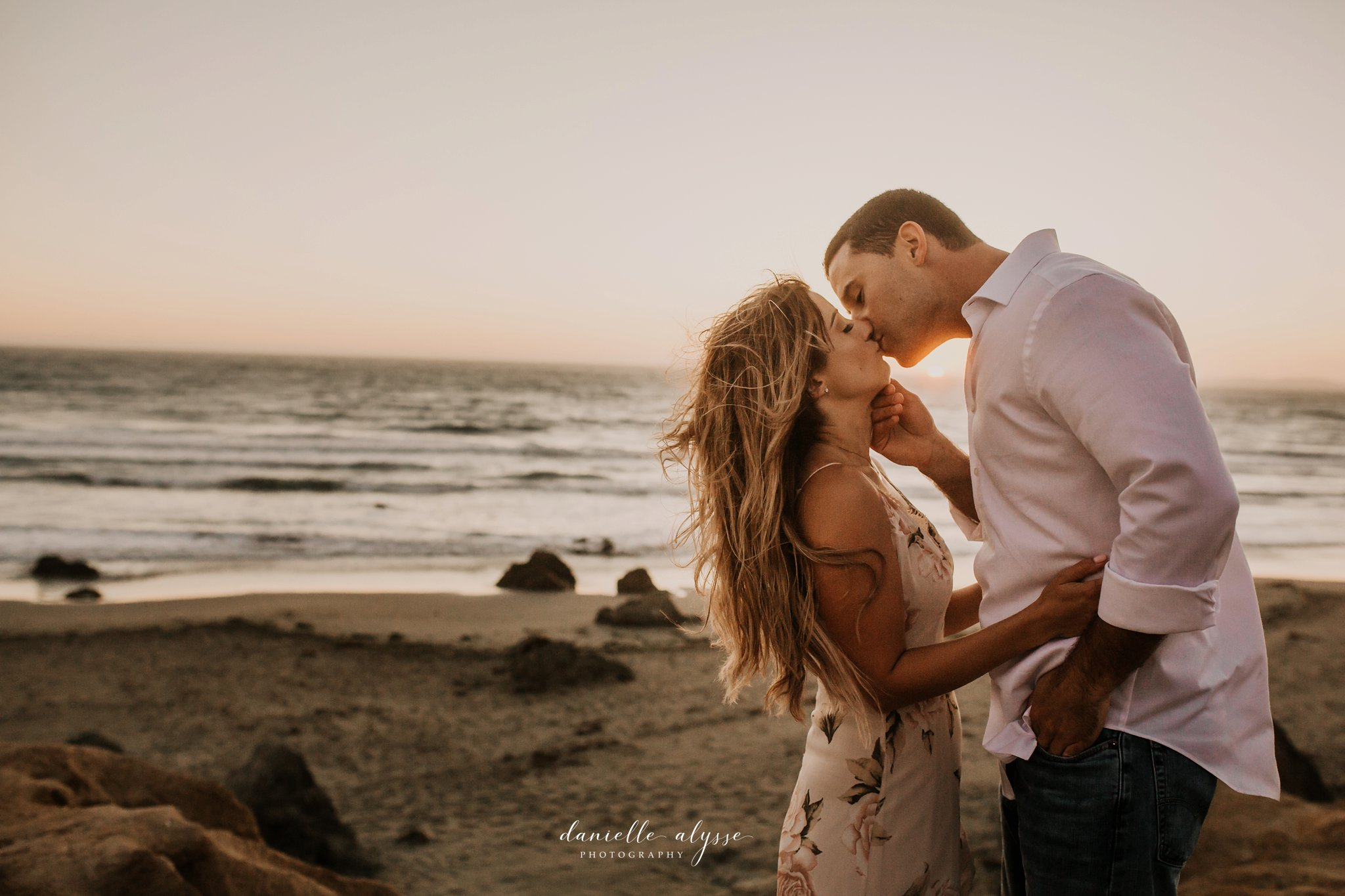 180804_engagement_katie_matt_dillon_beach_napa_danielle_alysse_photography_blog_84_WEB.jpg