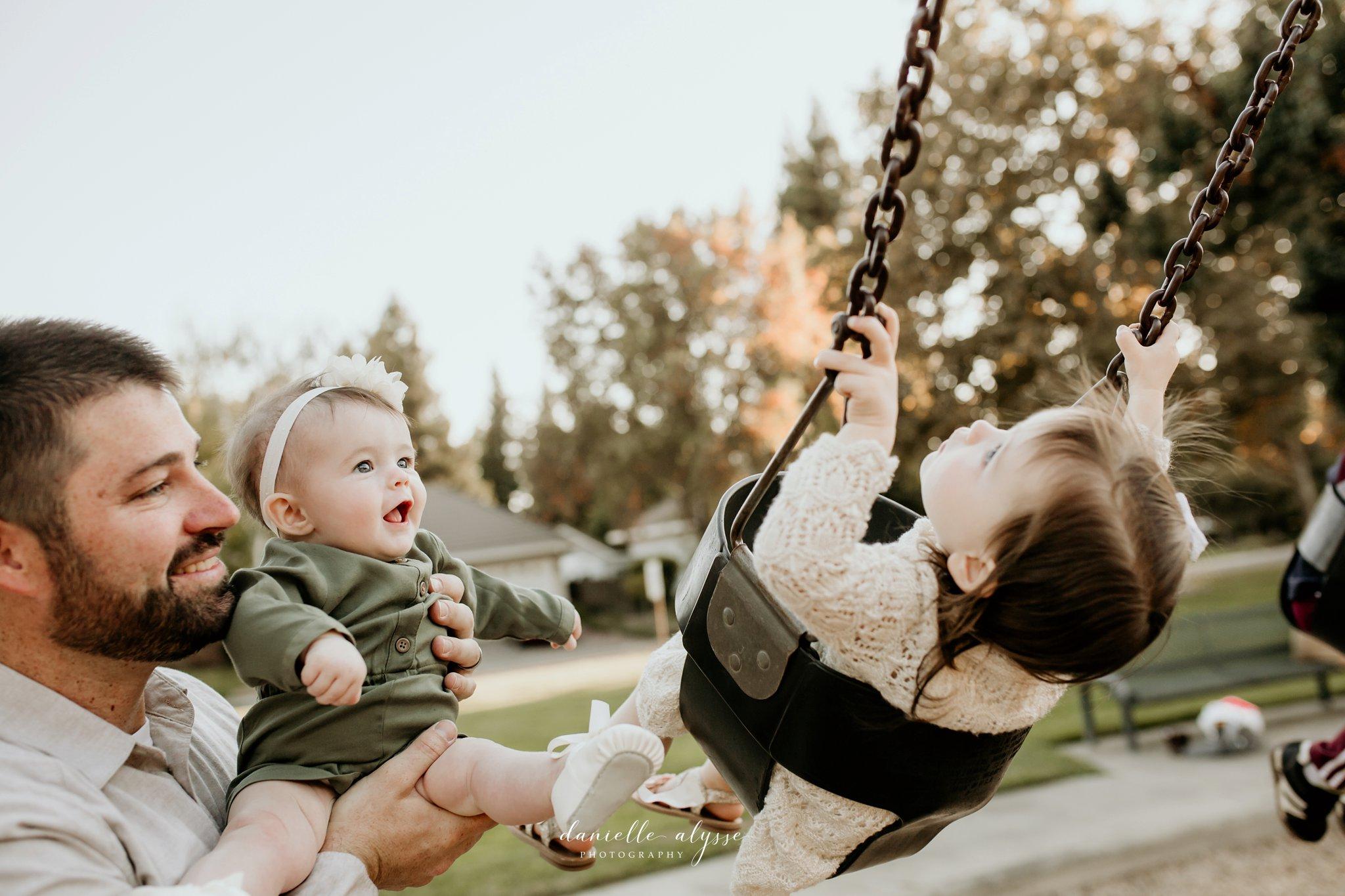 181021_fall_family_portrait_elk_grove_hill_park_monica_danielle_alysse_photography_42_WEB.jpg