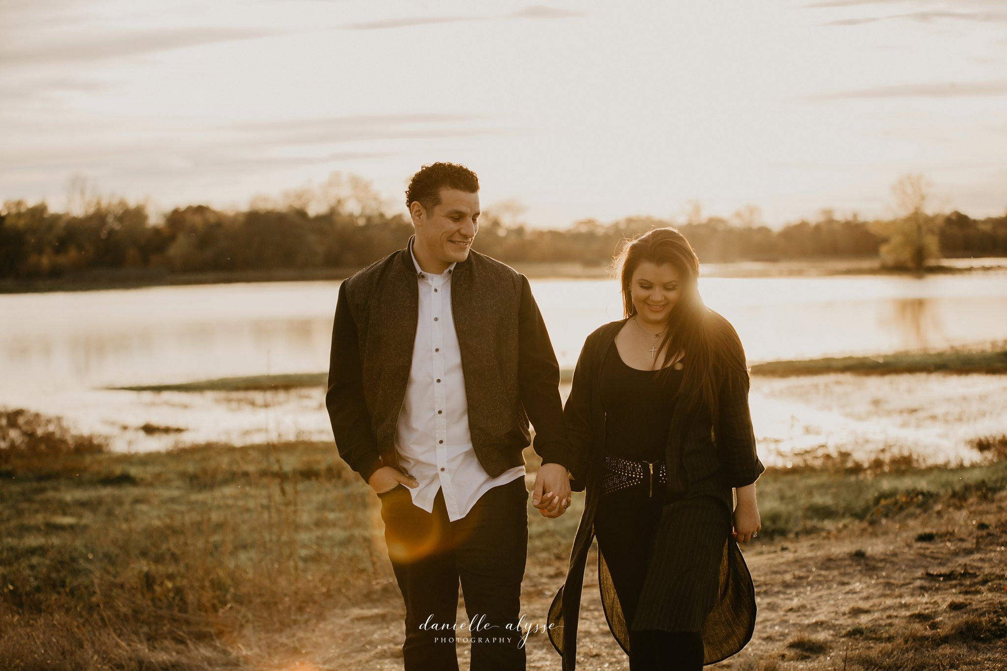 181125_fall_family_portrait_cosumnes_river_preserve_brittney_danielle_alysse_photography_29_WEB.jpg