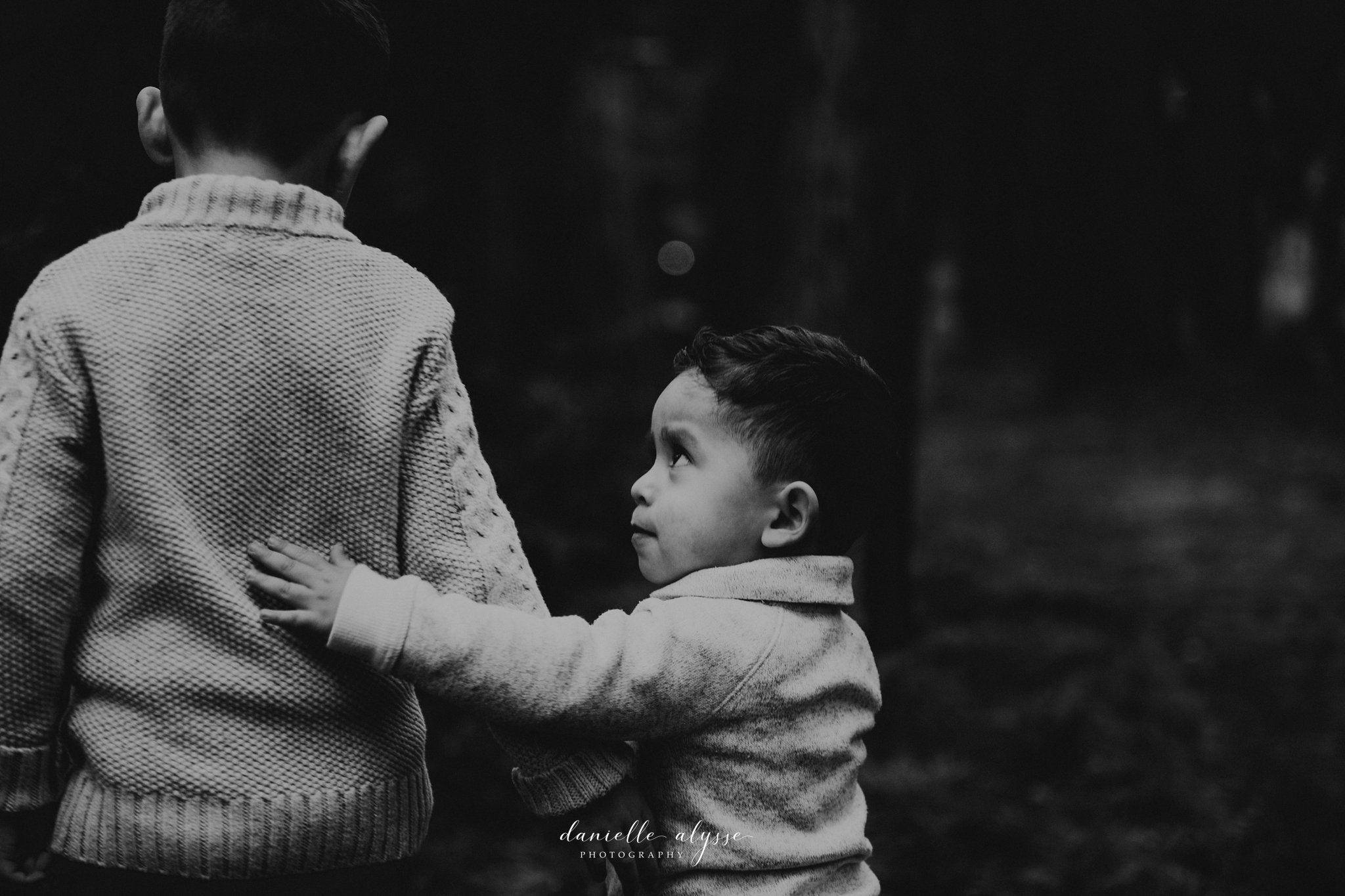181205_family_portrait_fall_davis_arboretum_andrea_danielle_alysse_photography_20_WEB.jpg