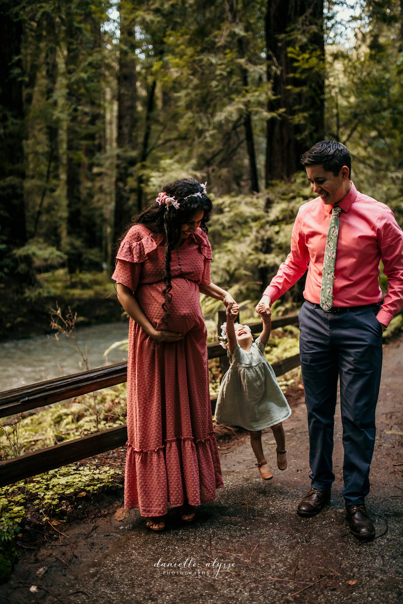 190216_maternity_india_family_muir_woods_bay_danielle_alysse_photography_15_WEB.jpg