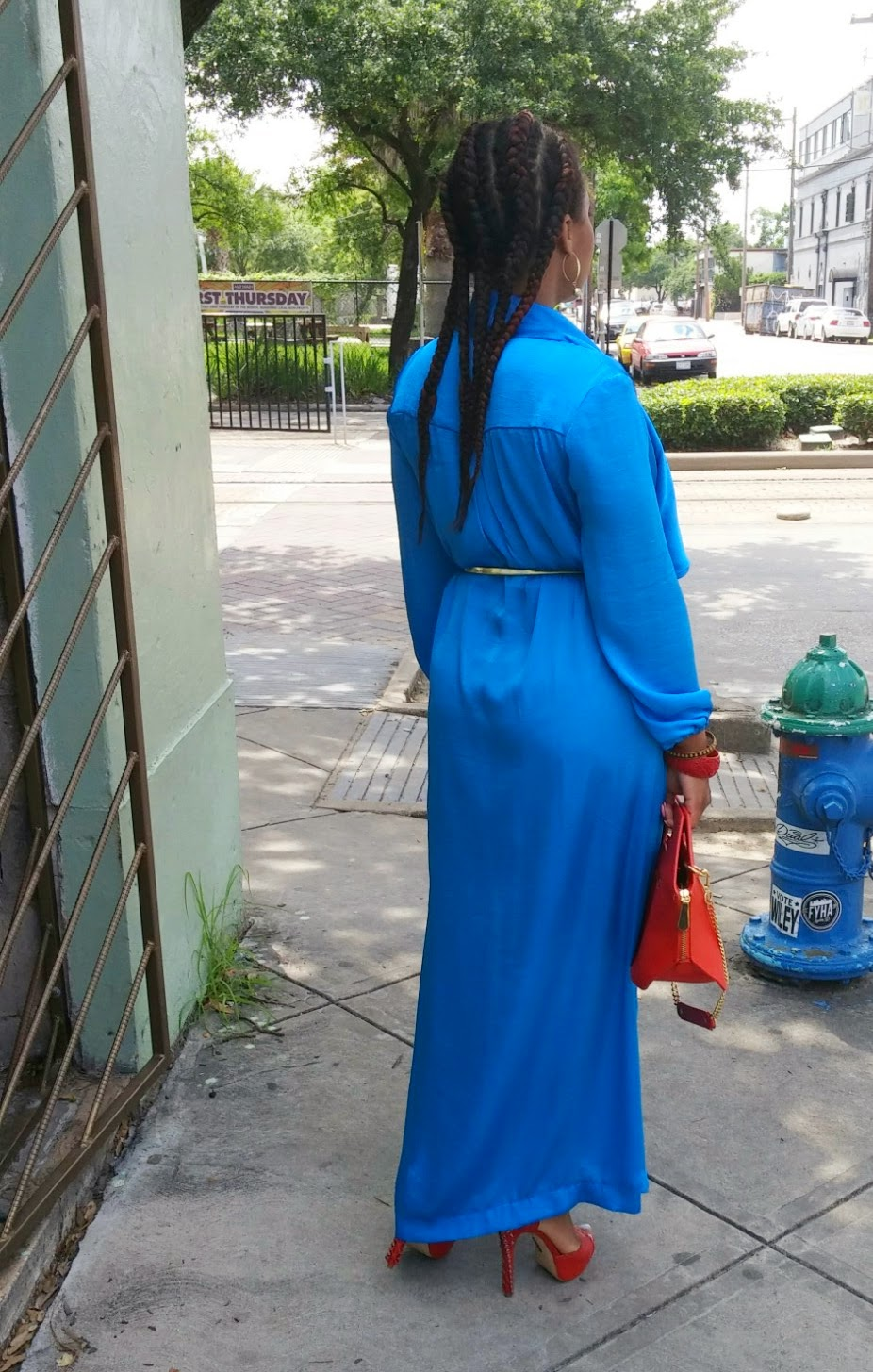 DIY Royal Blue Wrap Dress on www.3degreesDB.com