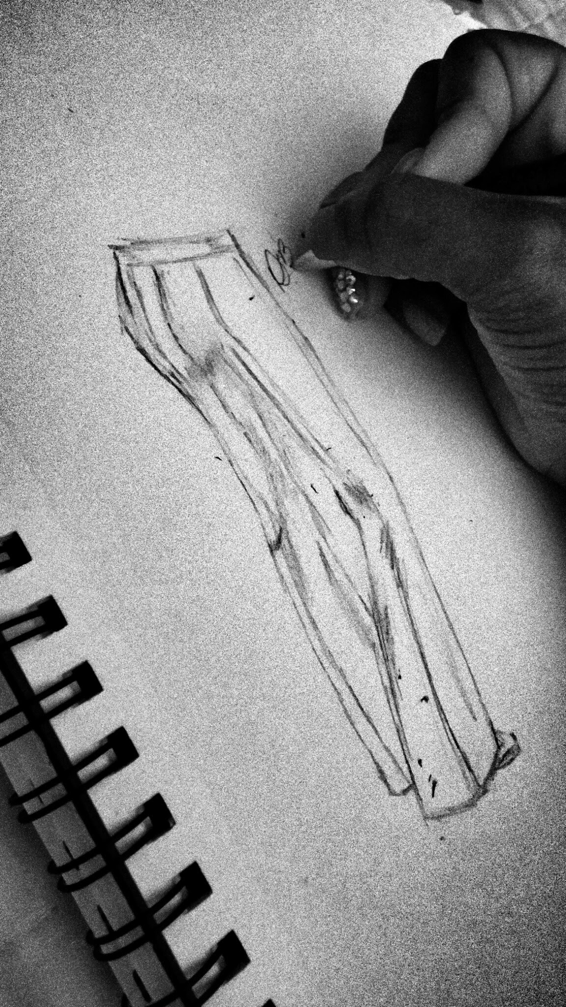 Sketch of self draft pants , www.3DegreesDB.com