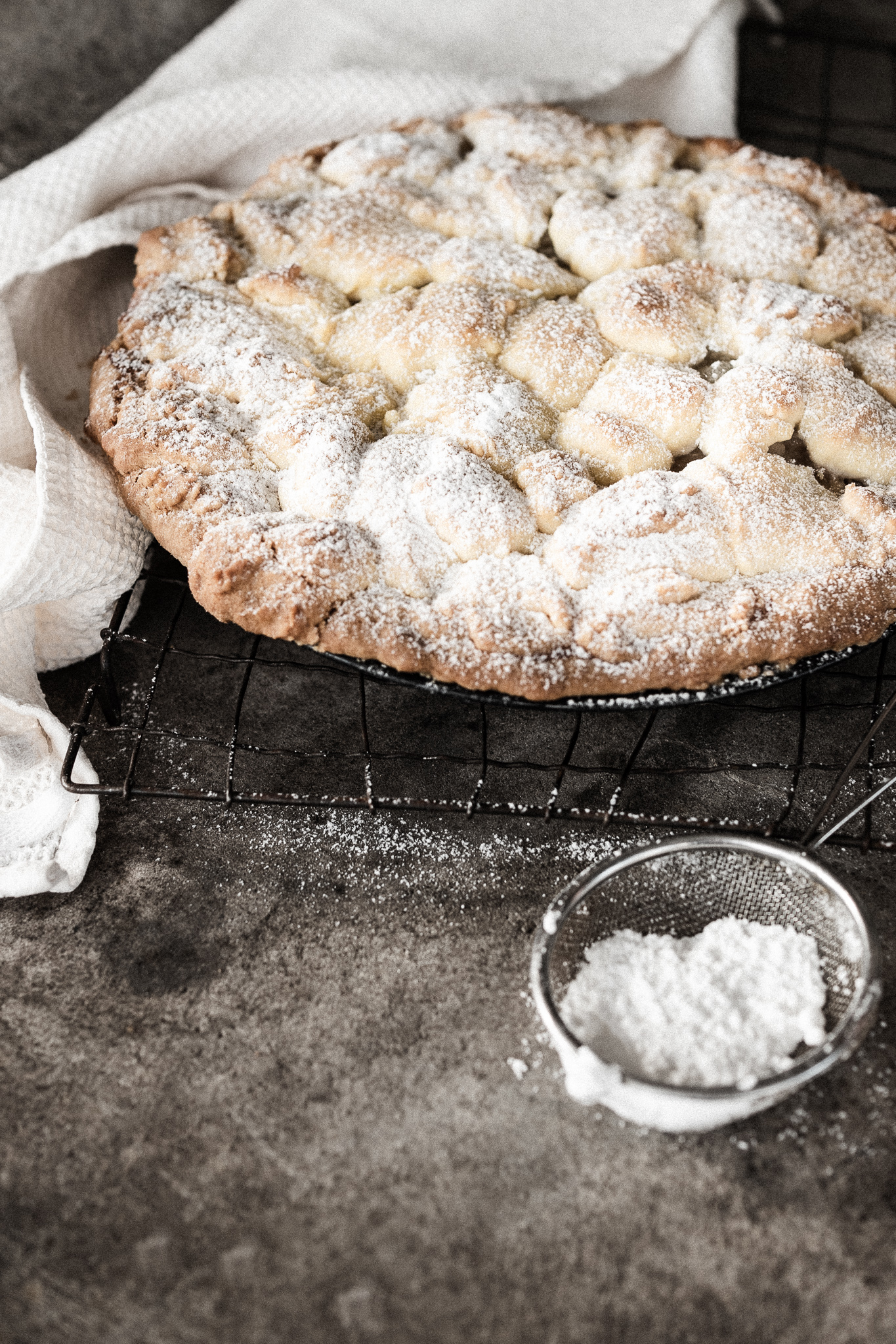 The Perfect Apple Feijoa Pie