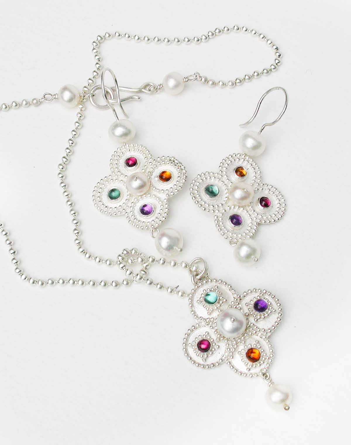 Silver necklace and earrings