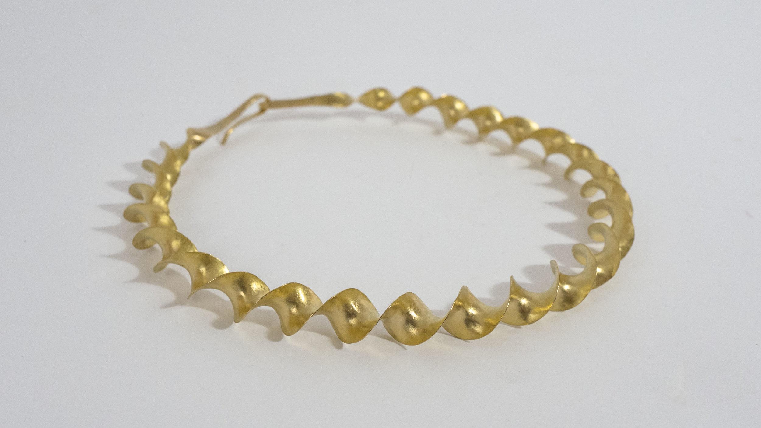 22ct gold celctic ribbon torc.jpg