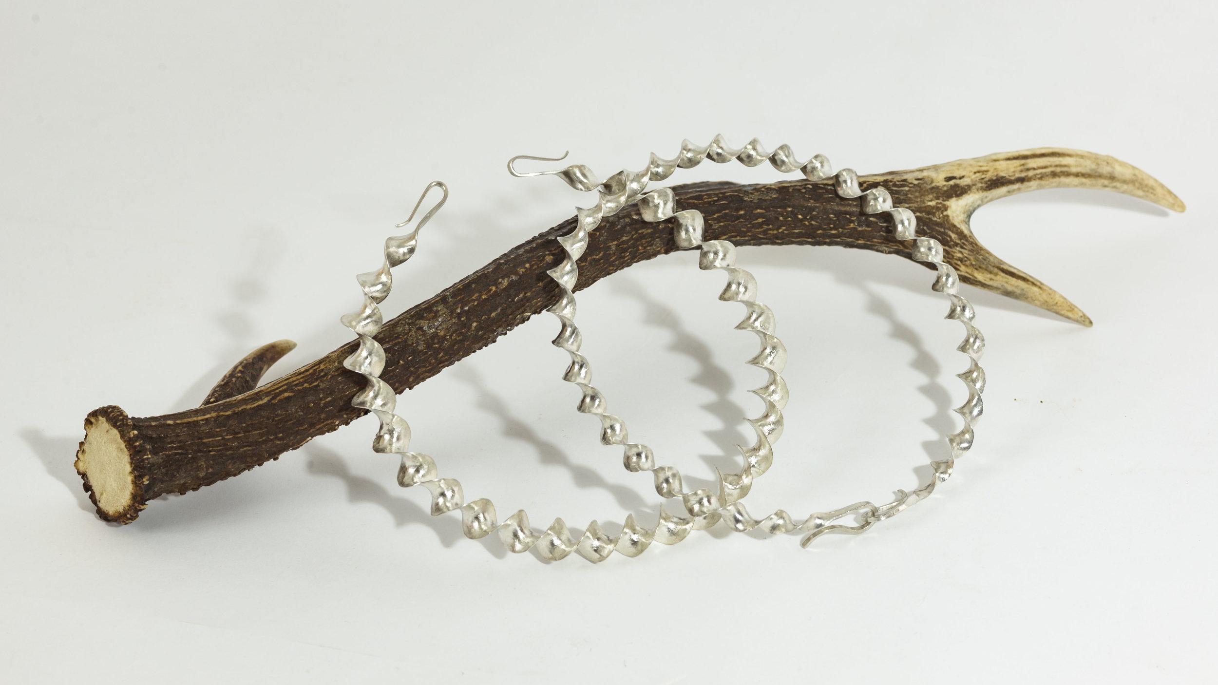 silver celctic ribbon torc.jpg.jpg