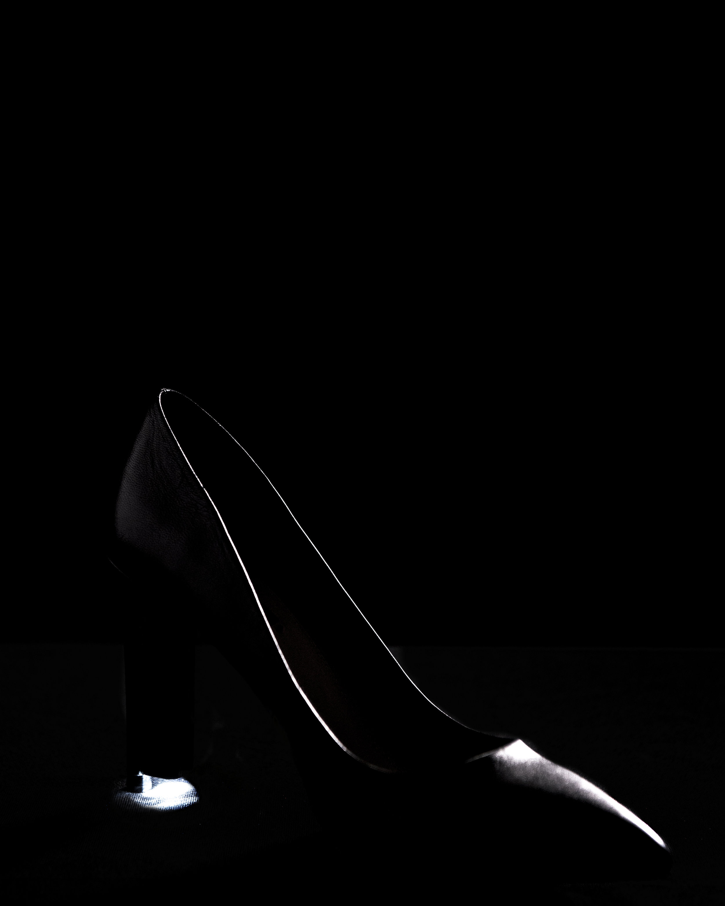 CM12_shoe_2_by_Thomas_Portier_credit_Jerome_duikers.jpg