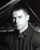 Geoffrey Burleson , piano