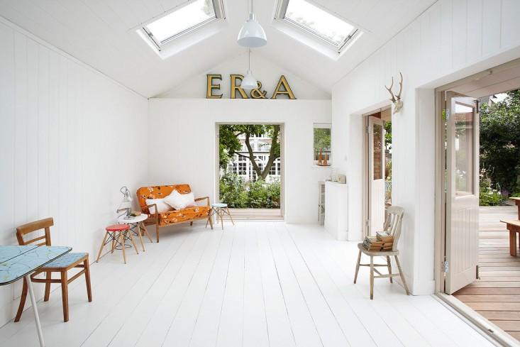 summerhouse gardenista 2.jpg