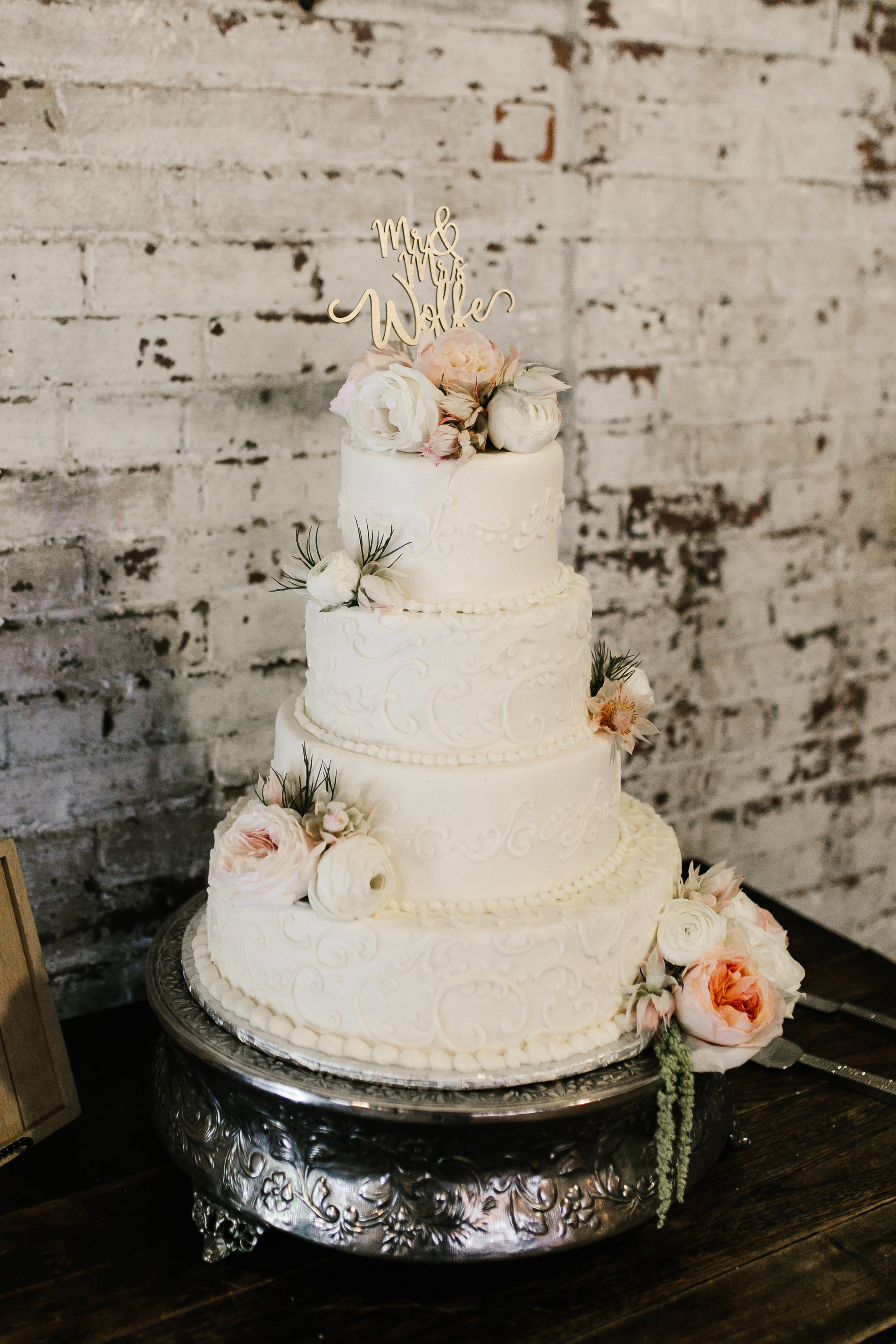 Detailed Cake with Floral  (1).jpg