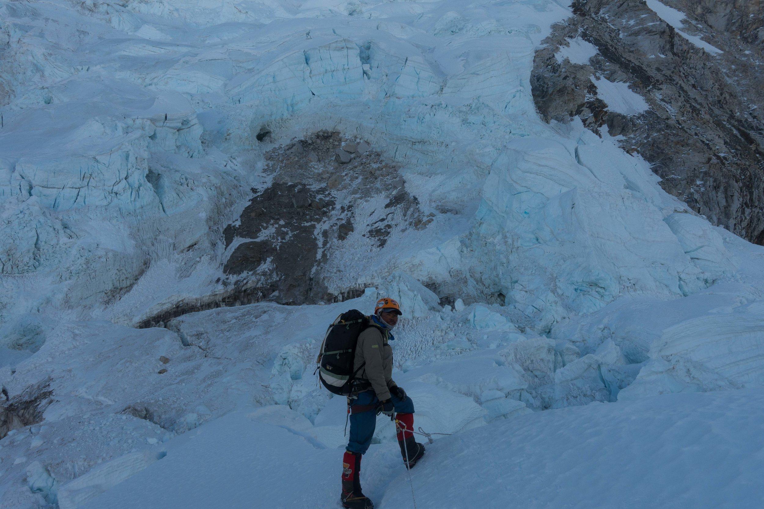 My Sherpa, Chhewang Lendu