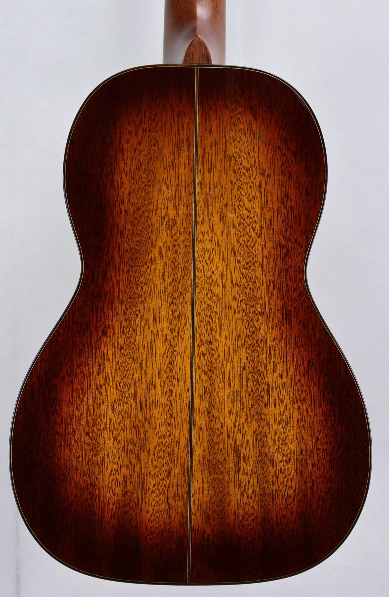 Q-2307924 S-1790610 Size 5 12 fret Mah TBS Amber (3) .JPG