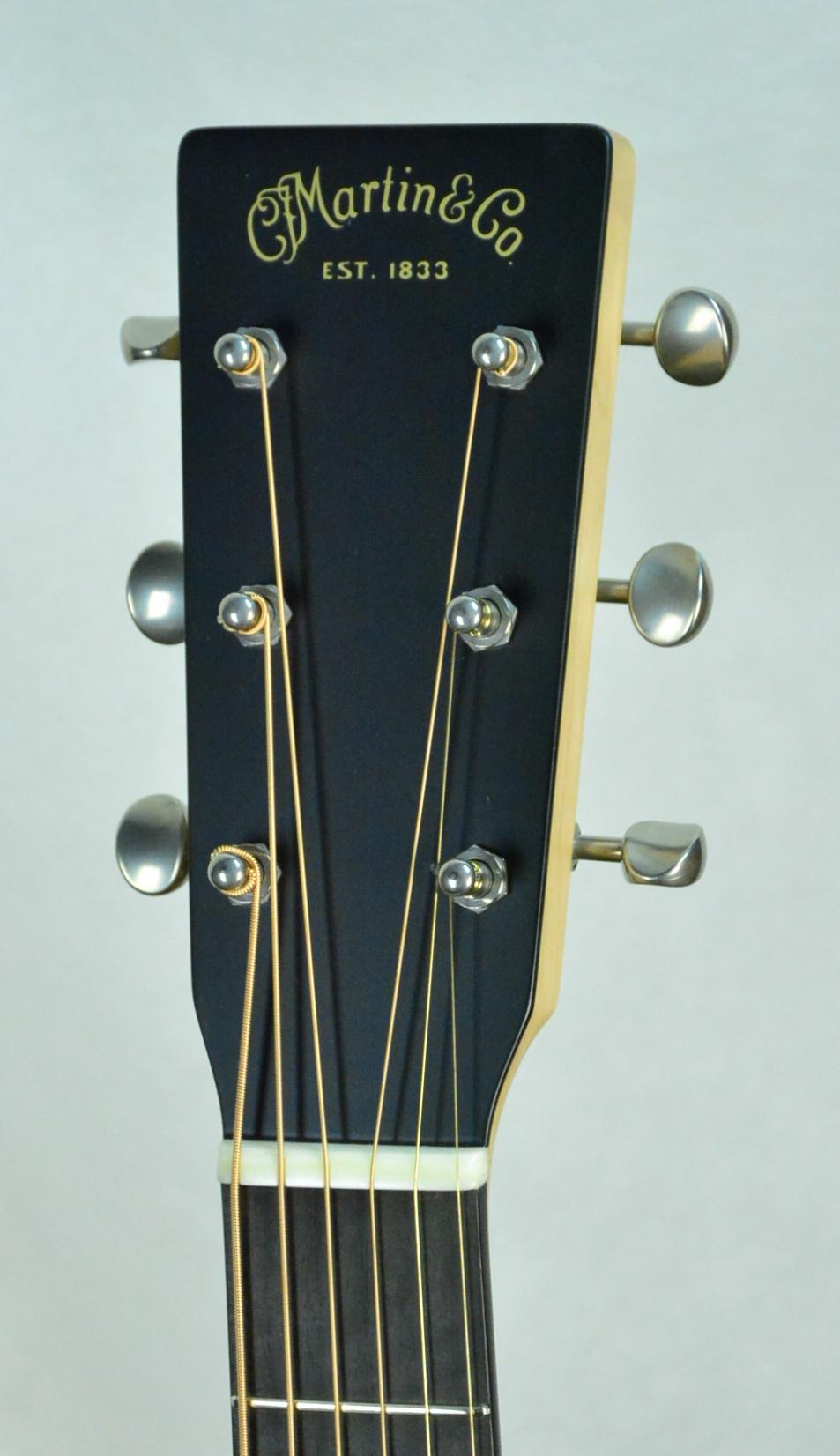 Q-2648024 S-1928826 OM Black Walnut- Maple Neck (4).JPG