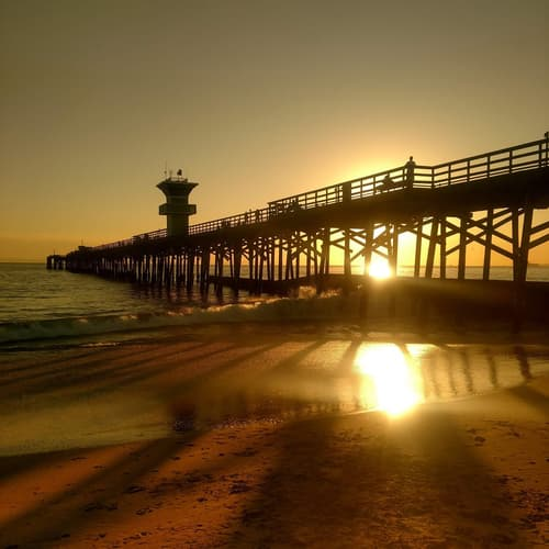 View-of-seal-beach-pier.jpg