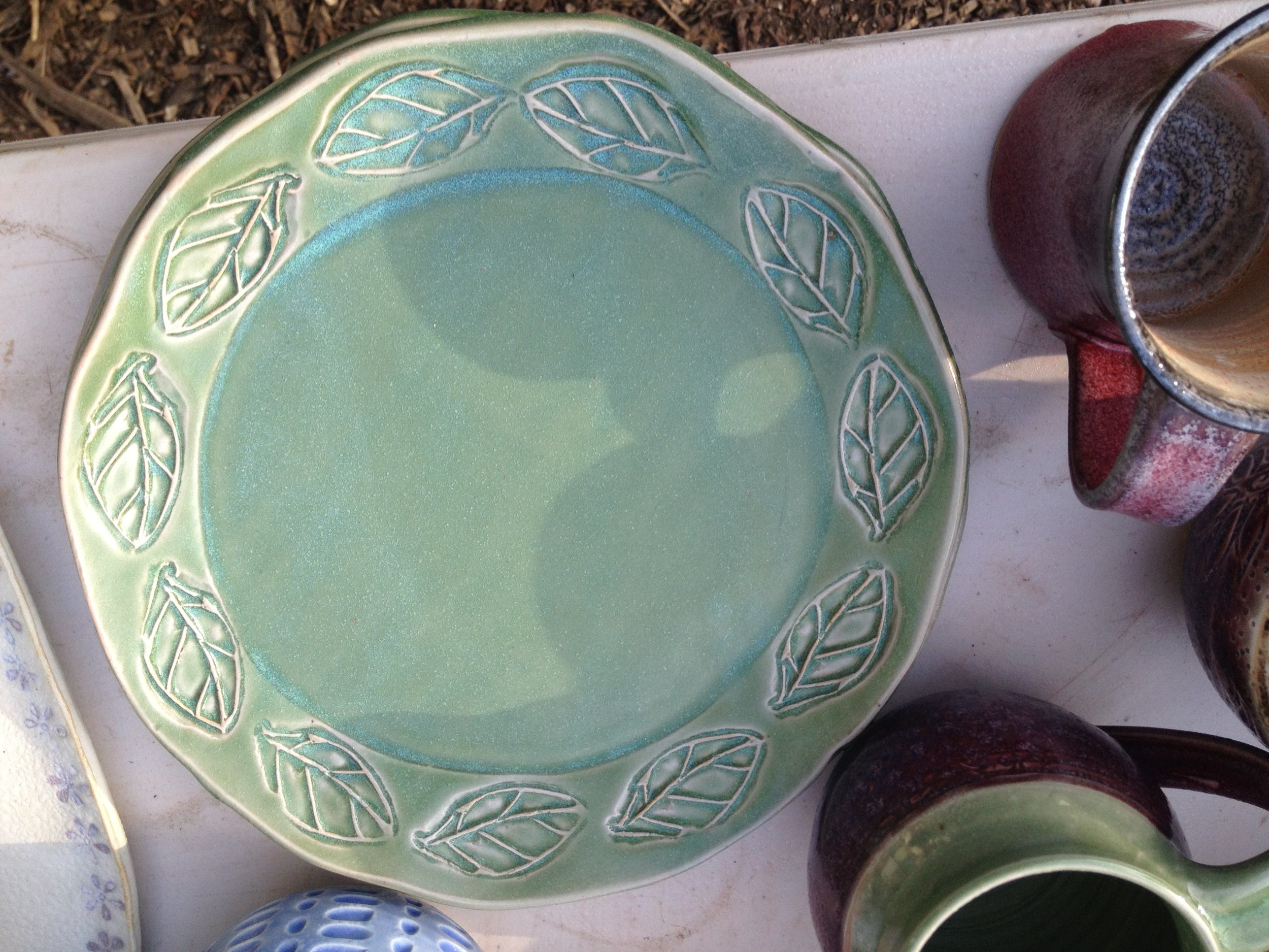 Stamped dinner plate