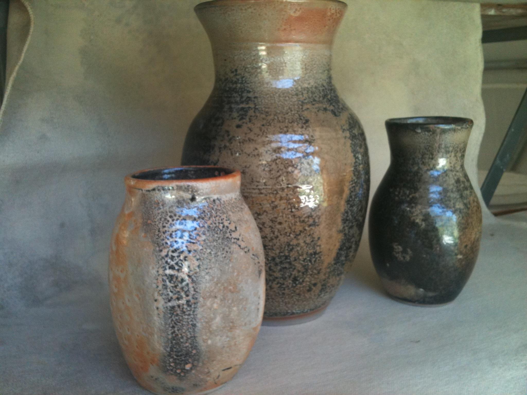 Carbon trap shino vases