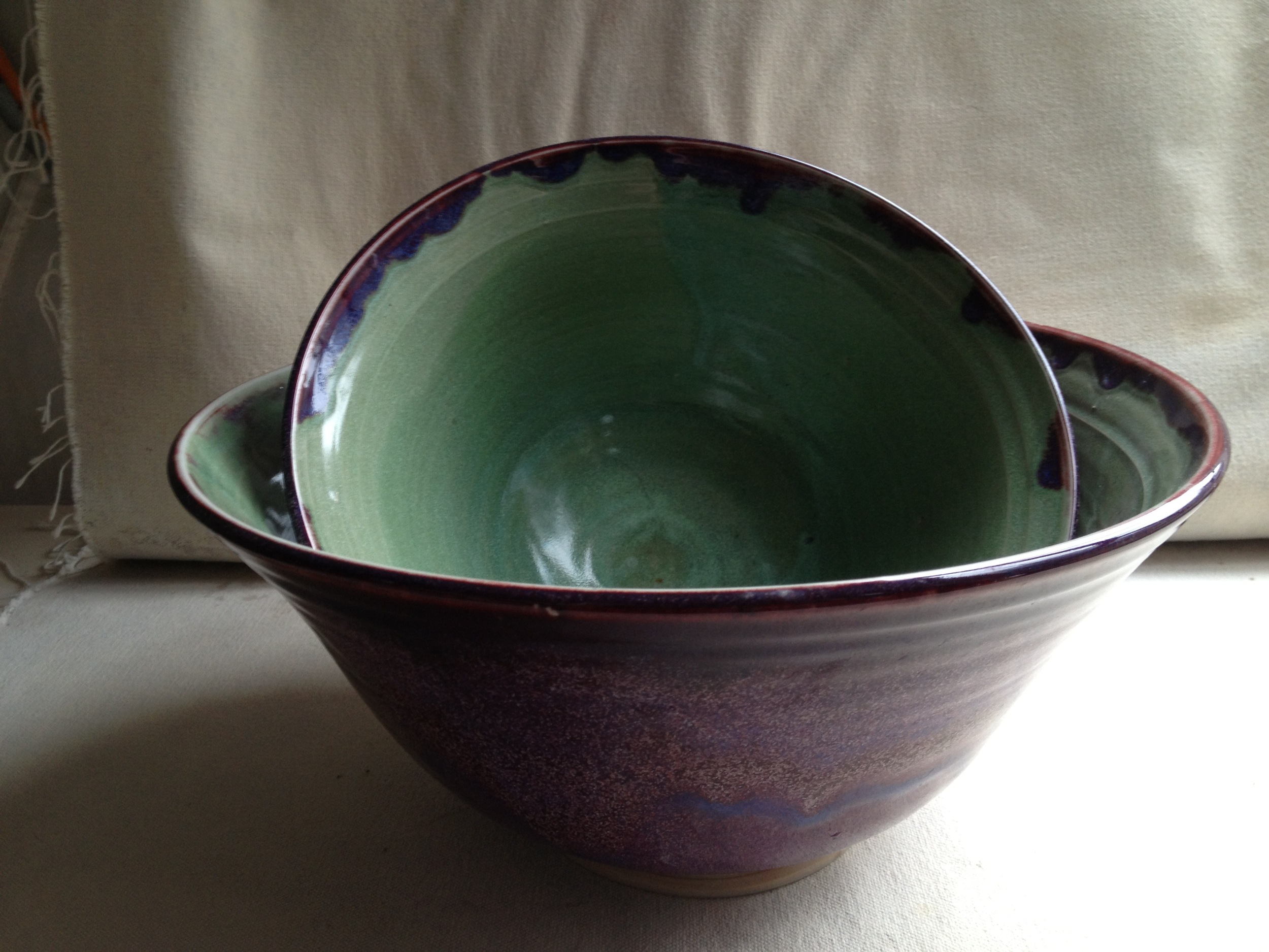 Copper red large bowls