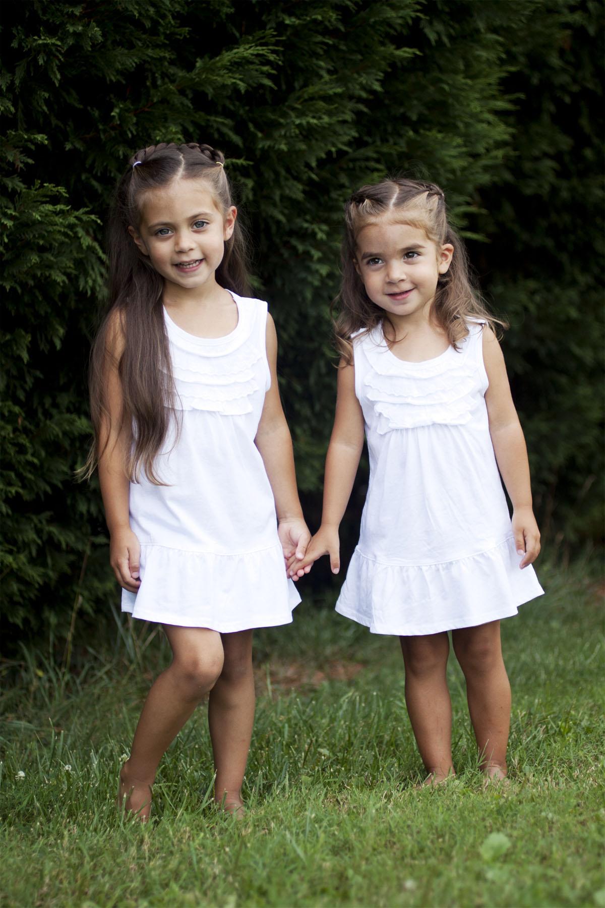 sistersstandingcolor_1.jpg