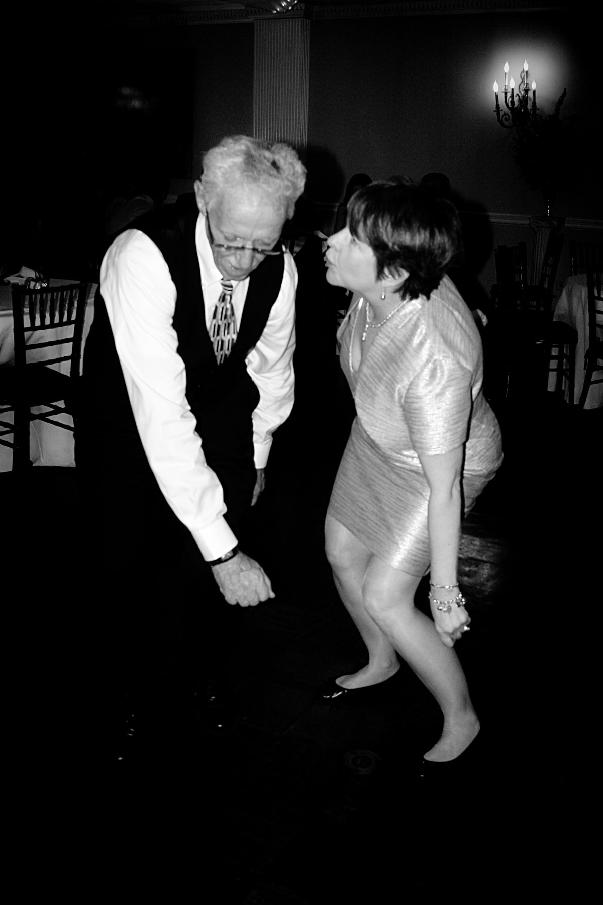 lenny_guest_dancing_bw_2.jpg