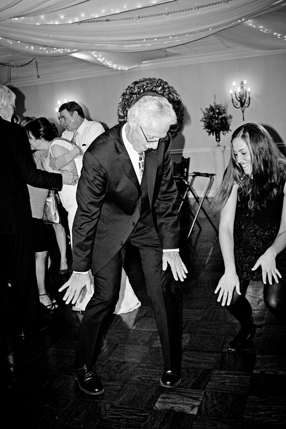 lenny_amy_dancing_bw_2.jpg