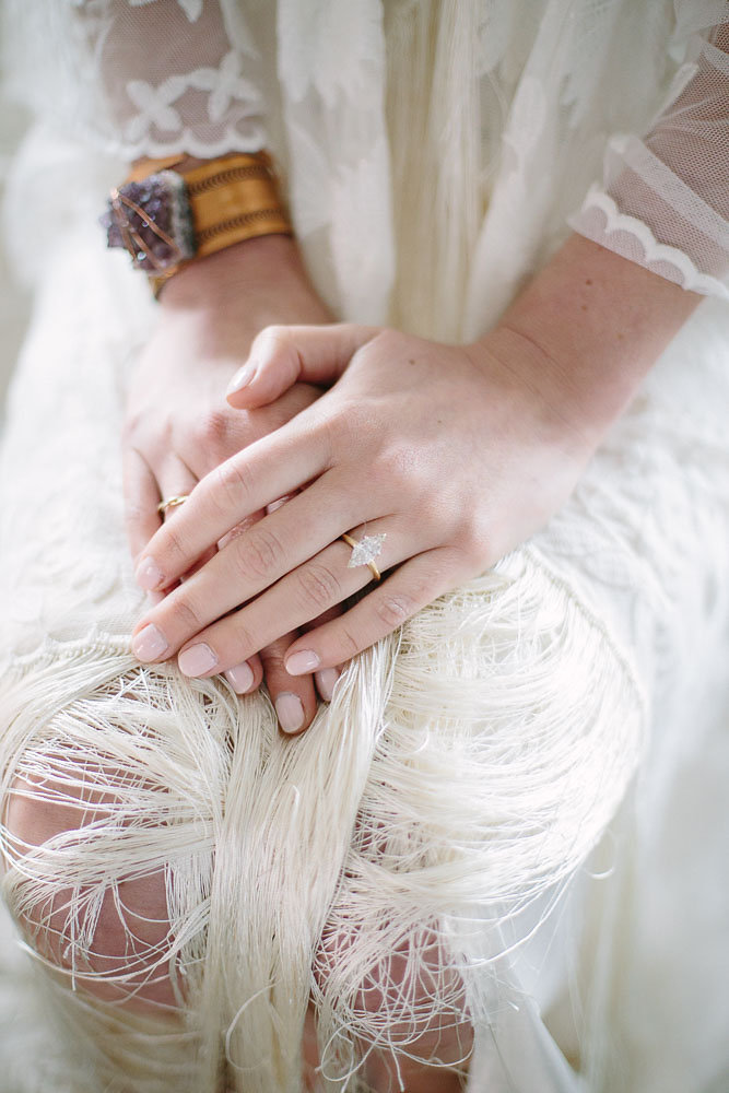 Boho_City_Elopement_wedding_Ring.jpg