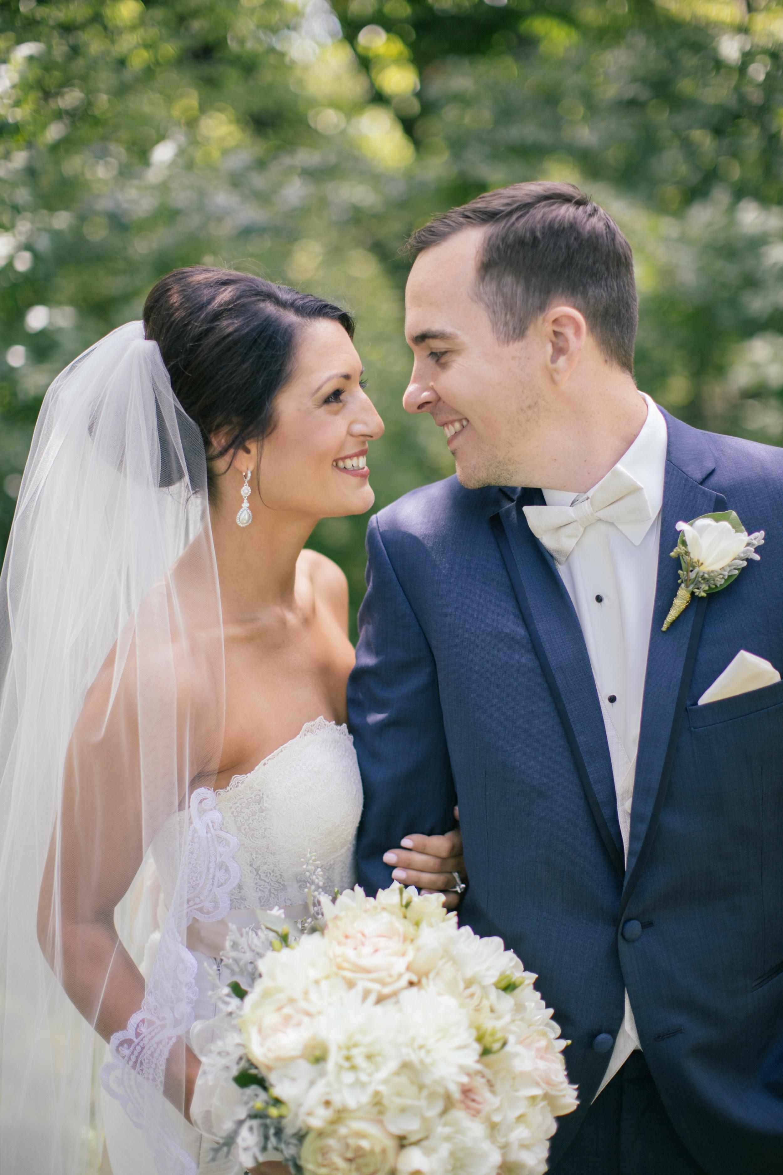 Ashley+Aaron_Acowsay_Cinema_Milwaukee_Wisconsin_Wedding_Couple.jpg