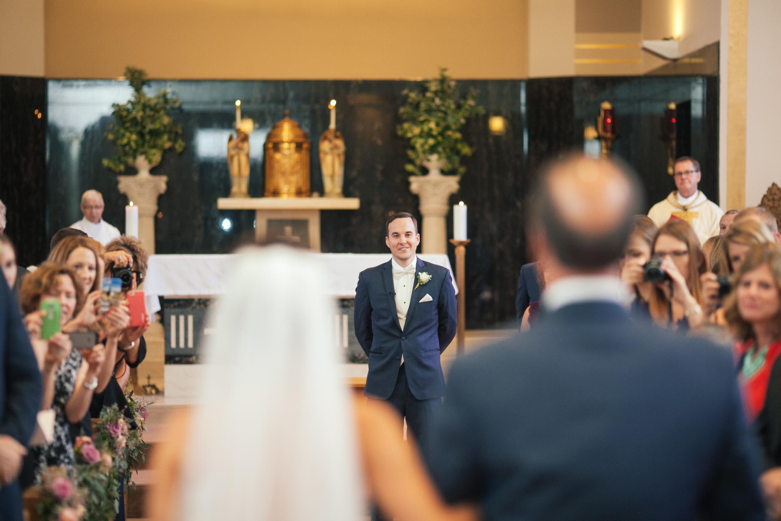 Ashley+Aaron_Acowsay_Cinema_Milwaukee_Wisconsin_Wedding_First_look.jpg