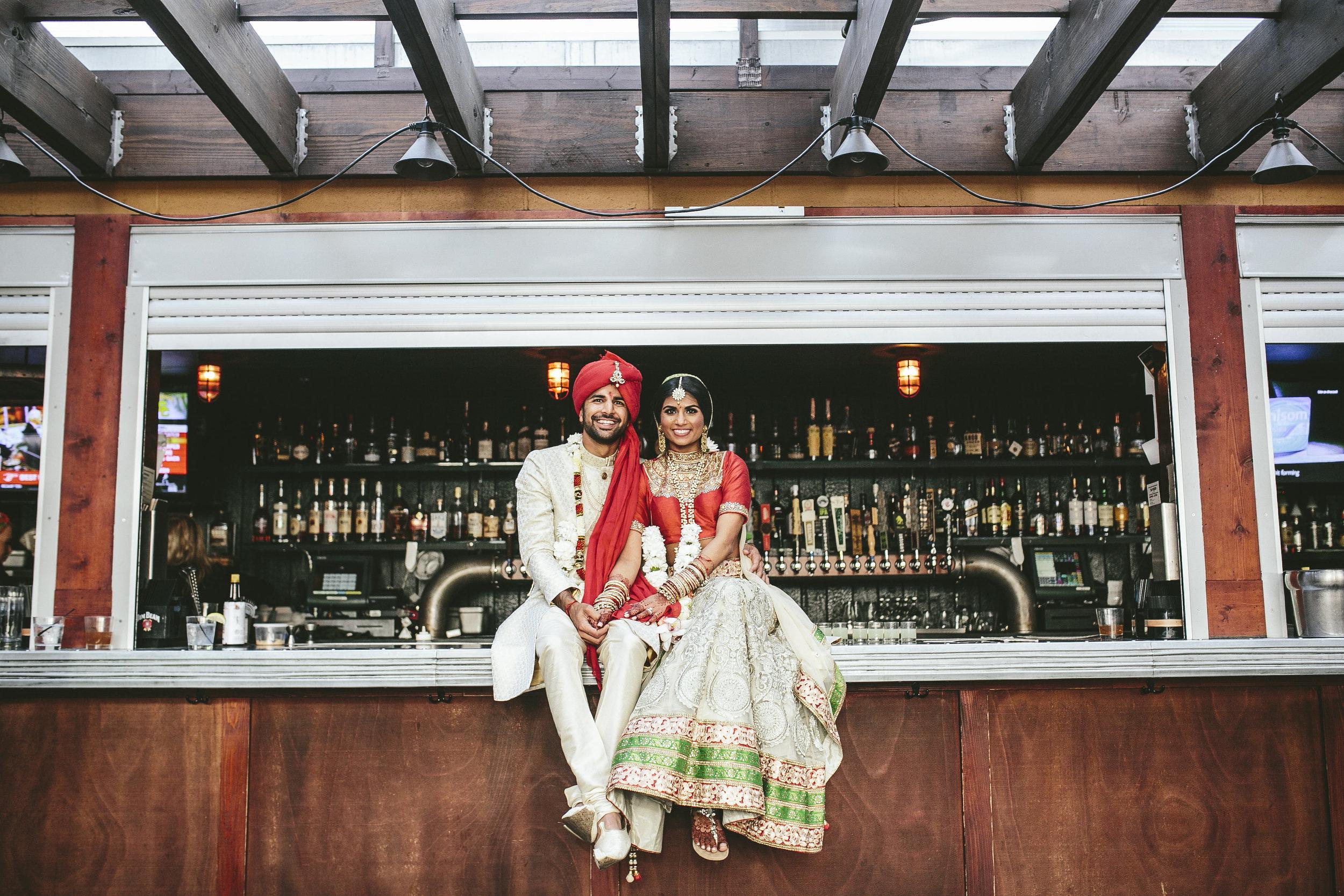 Acowsay_Minnesota_Wedding_Video_Bar.JPG