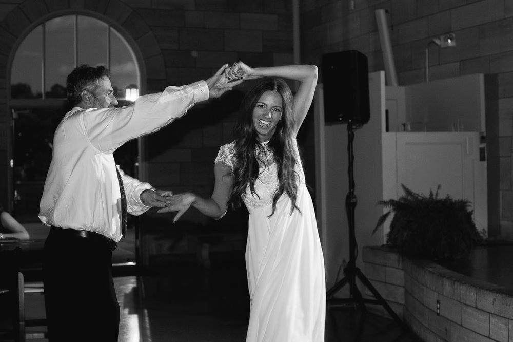 Dancing_Canary_Grey_MN_Photography_Acowsay_Cinema.jpg