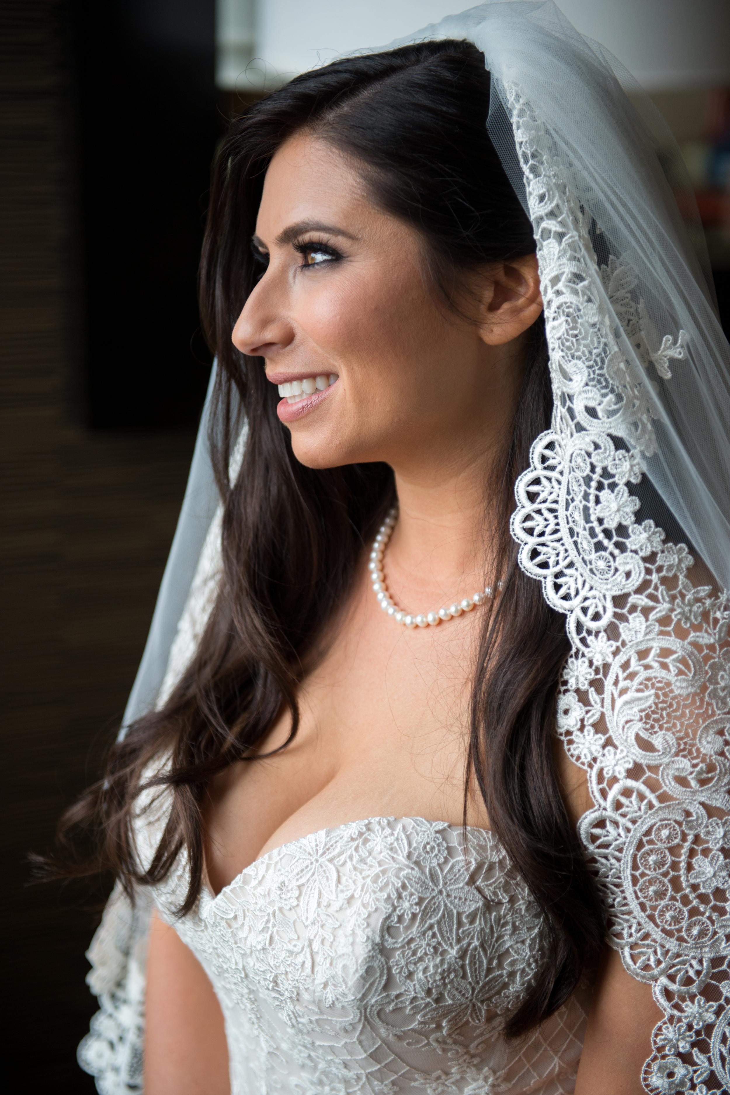 Acowsay_Cinema_MN_Wedding_Bride_2.jpg