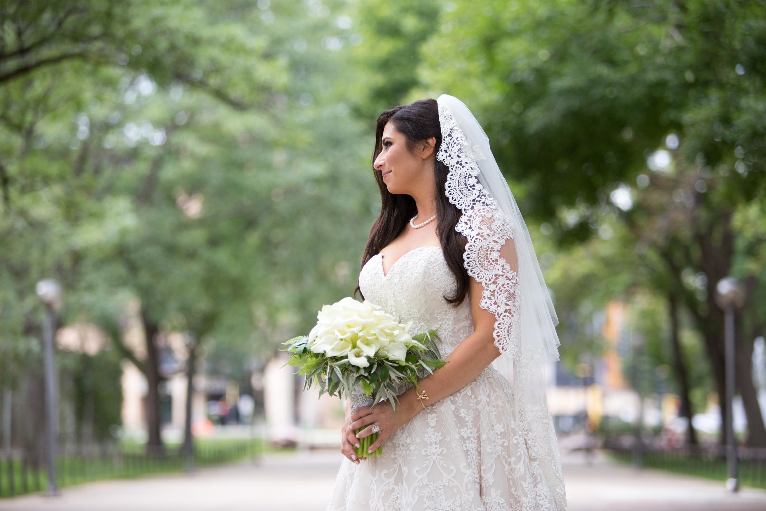 Acowsay_Cinema_MN_Wedding_Bride.jpg