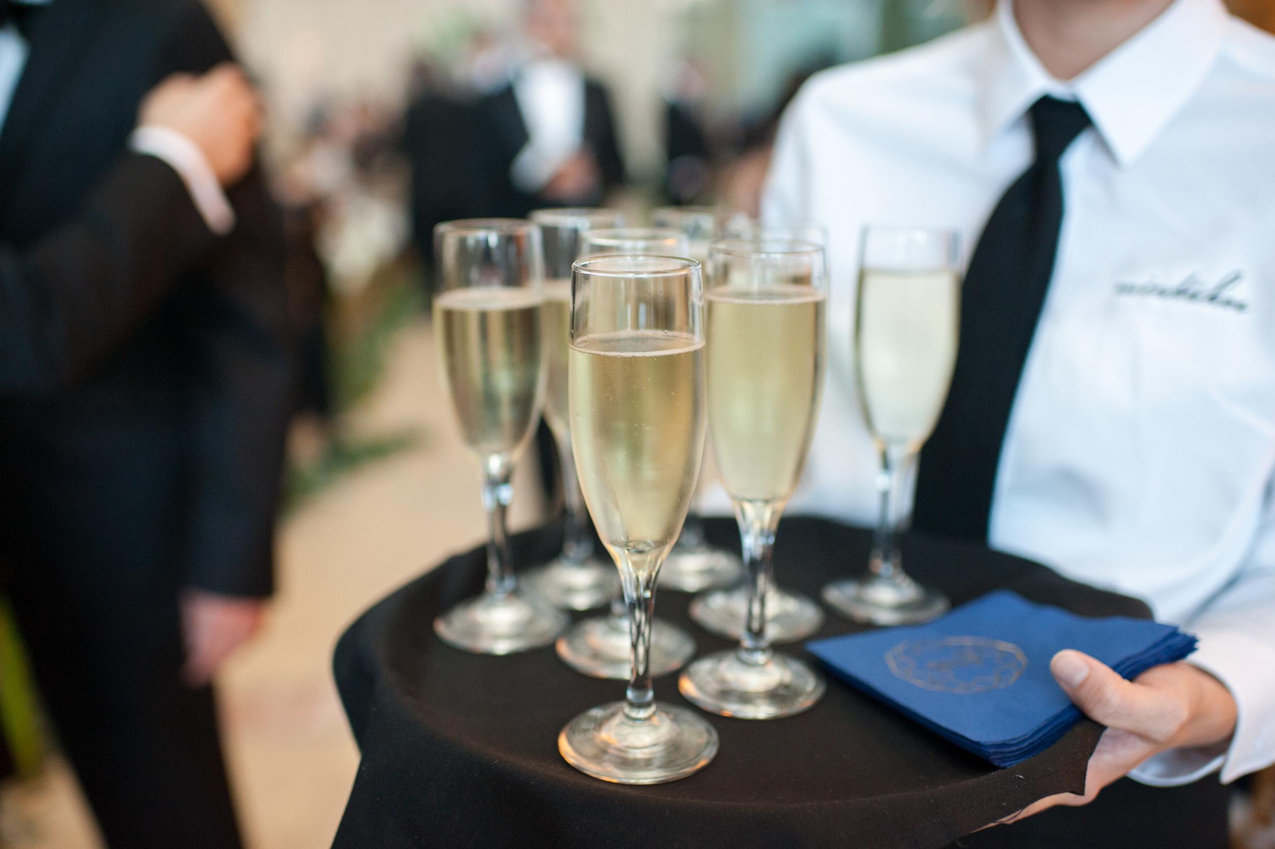 Acowsay_Cinema_MN_Wedding_Champagne.jpg