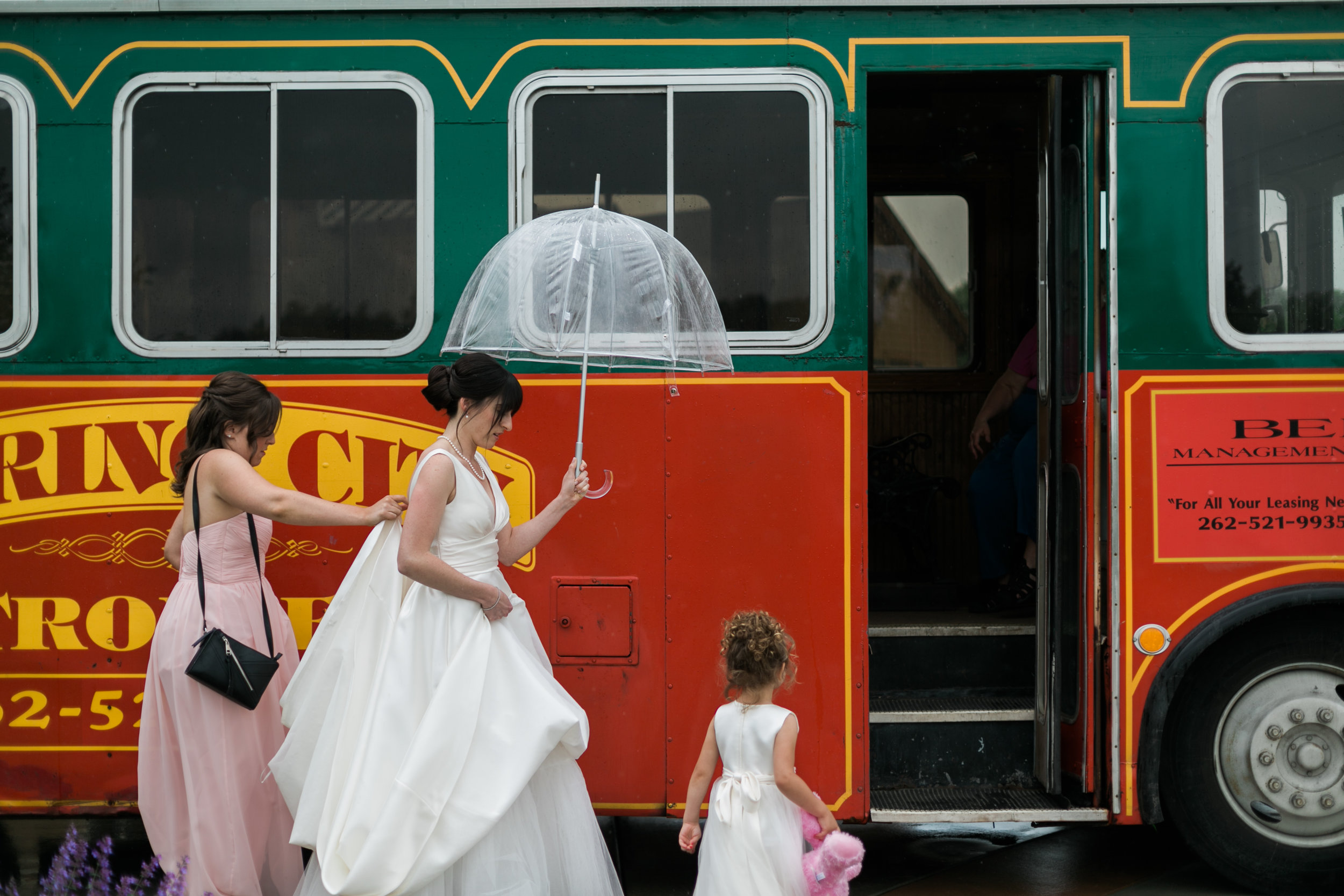 Wisconsin_Wedding_acowsay_Uttke_Photography_party_Bus.jpg