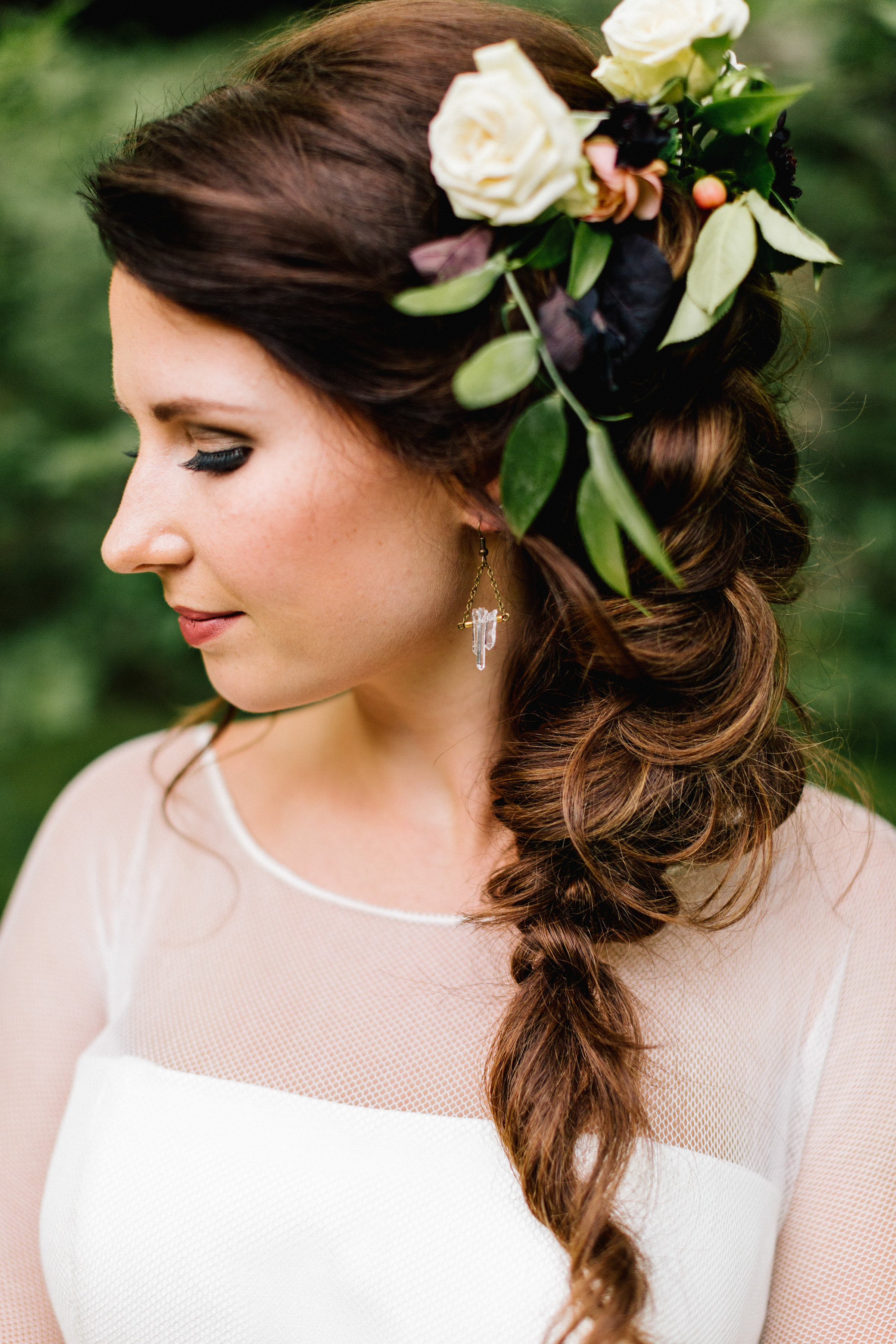 Allison_Hopperstad_Photography_Acowsay_Wedding_Floral_Headpiece.JPG