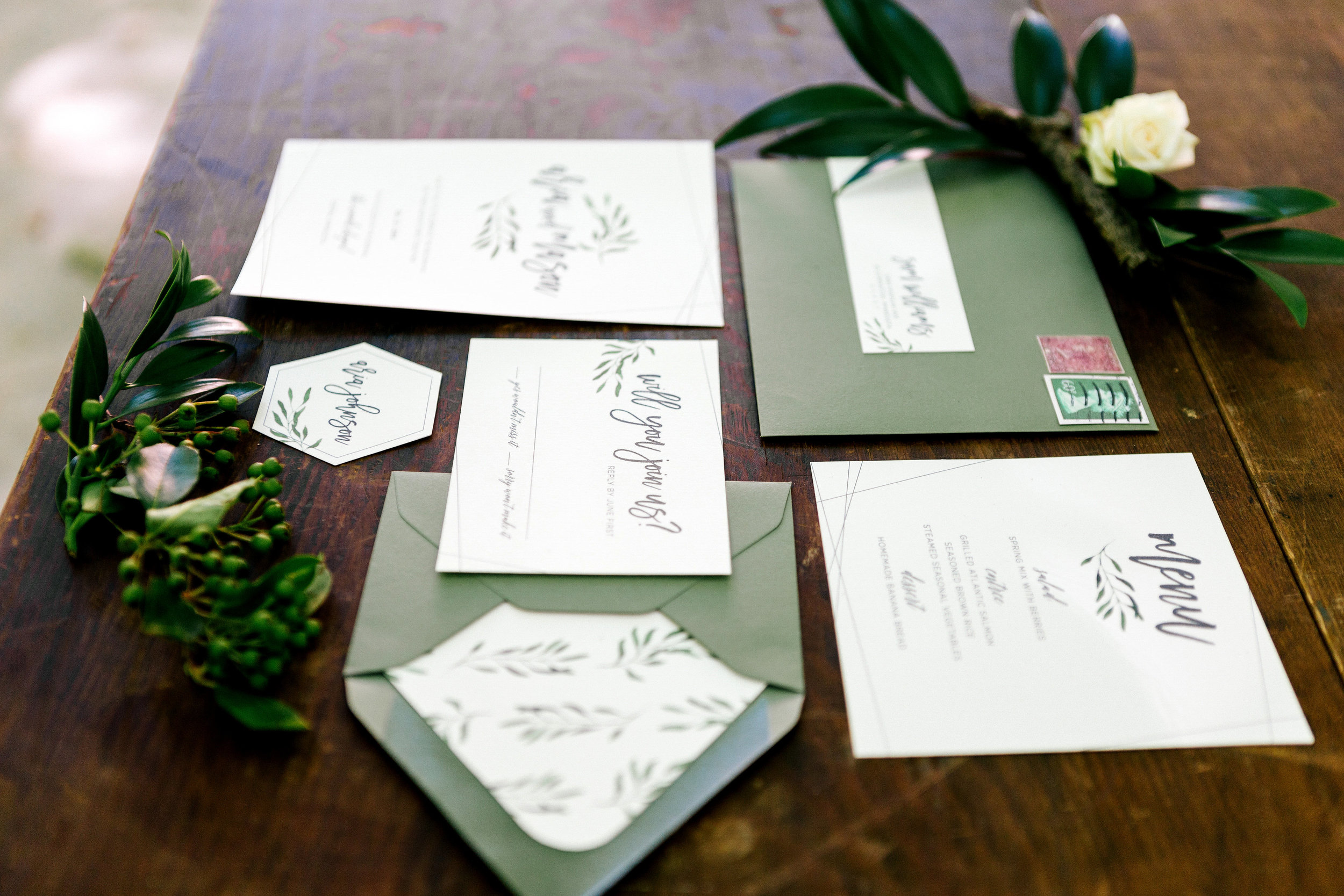 Allison_Hopperstad_Photography_Acowsay_Wedding_Paper_Designs.JPG