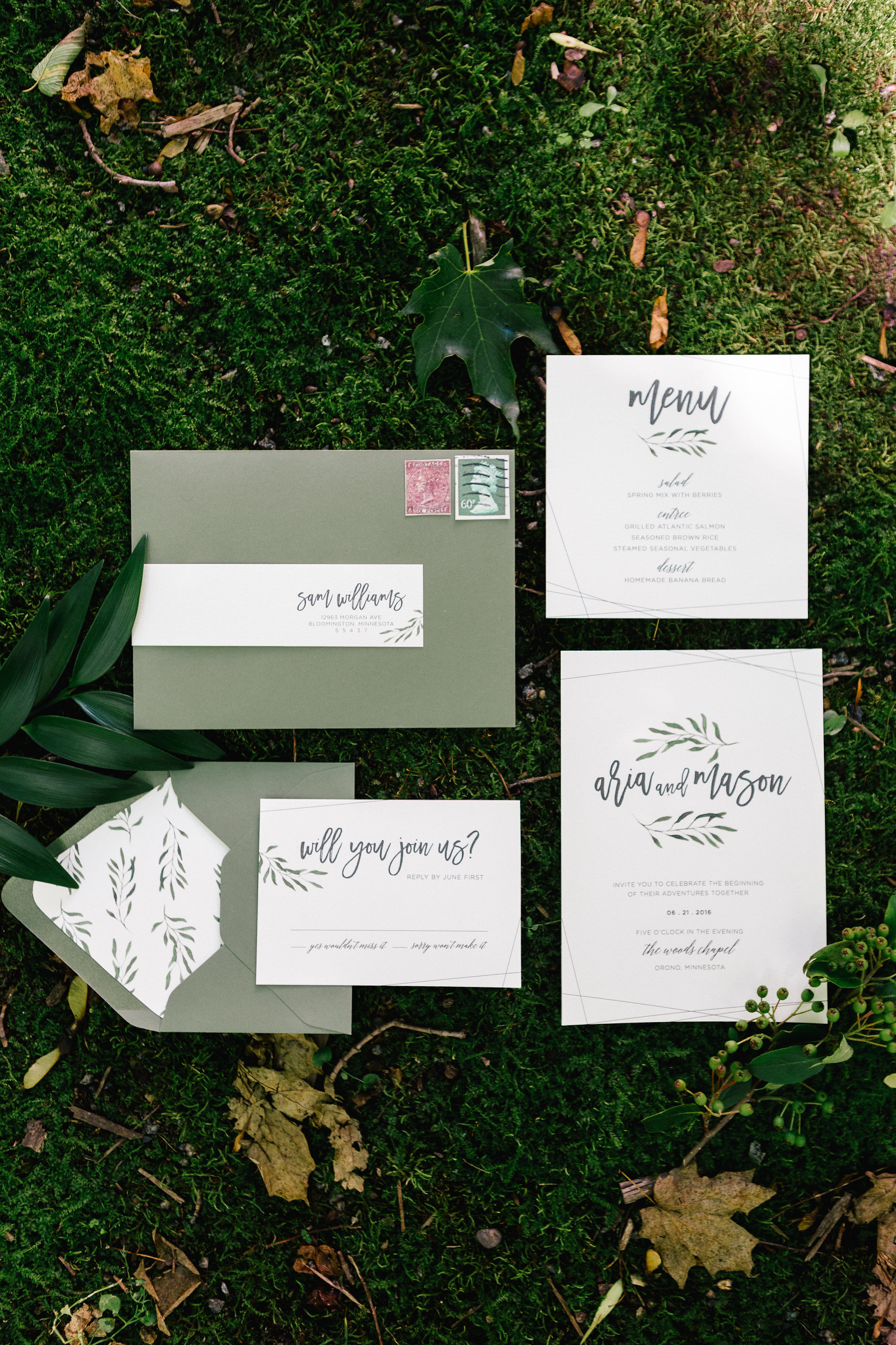 Allison_Hopperstad_Photography_Acowsay_Wedding_Invites.JPG