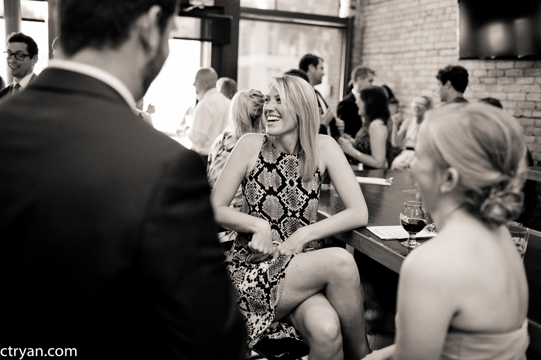 Acowsay_Minnesota_Wedding_Cocktail_Hour.jpg