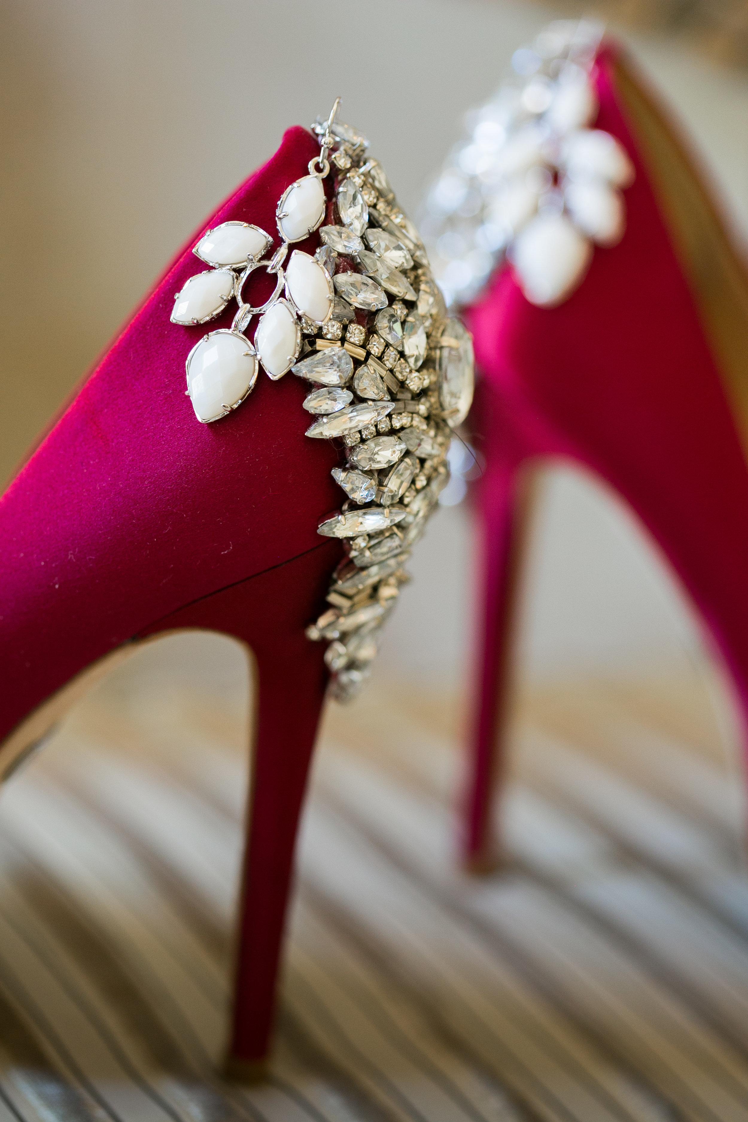 acowsay-cinema-minnesota-wedding-red-gold-blush-2.jpg