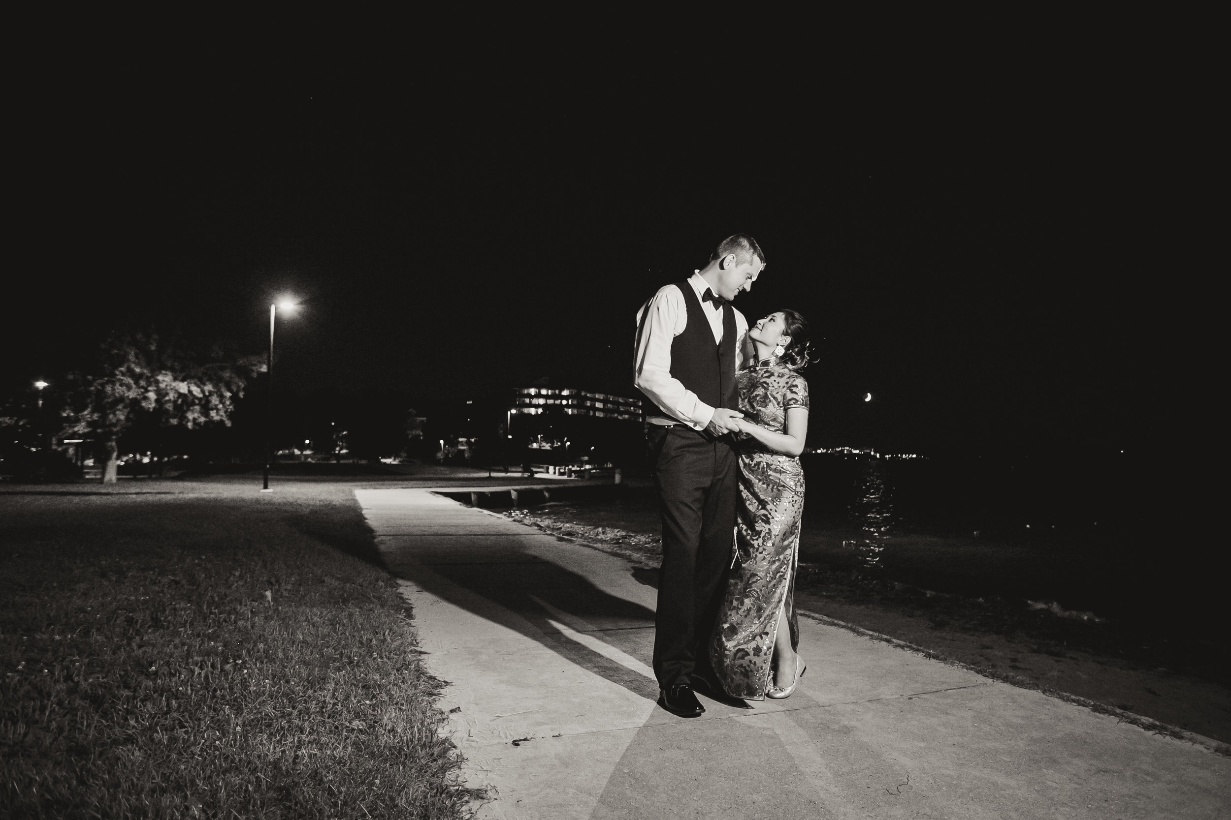 acowsay-cinema-minnesota-wedding-red-gold-blush-33.jpg