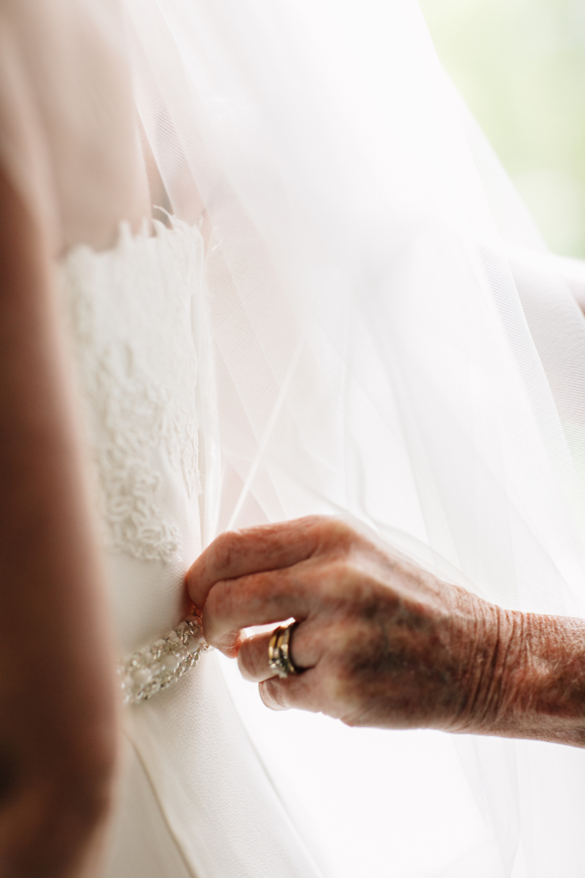 engle-olson-mark-fierst-minnesota-wedding-6.jpg