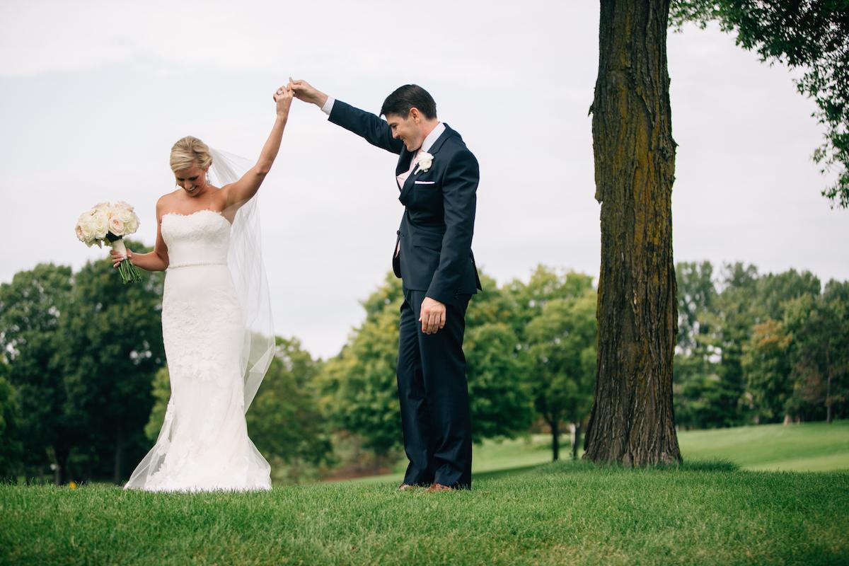 engle-olson-mark-fierst-minnesota-wedding-9.jpg