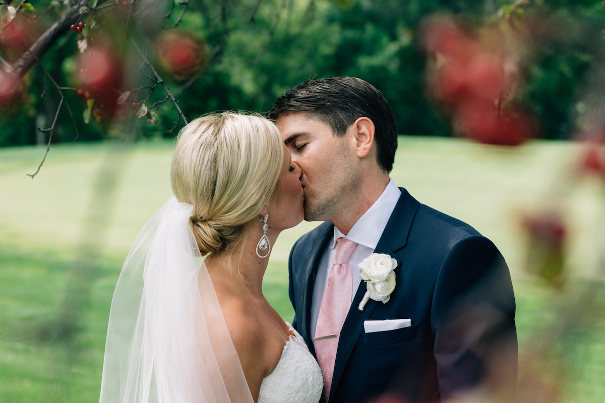 engle-olson-mark-fierst-minnesota-wedding-12.jpg