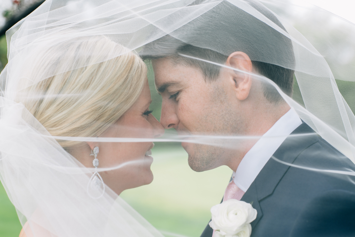 engle-olson-mark-fierst-minnesota-wedding-13.jpg